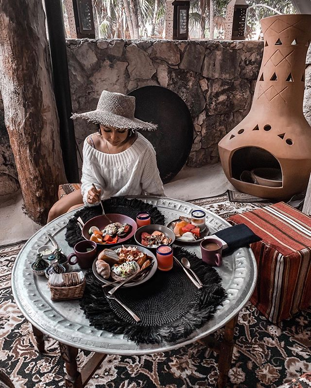 Definitely gonna try copying this breakfast back at home.  #nomadetulum #tulumtulum #tulummexico #caribbeaninspo #breakfasttulum #tulumfood #tulumeats #tulum #quintanaroo #ootdbabe #outfitoftheday #lackofcolor #windsorstore #summerstyle #tulumrestaurants