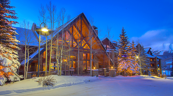 Bear-Creek-Lodge-Winter-night-exterior-1.jpg