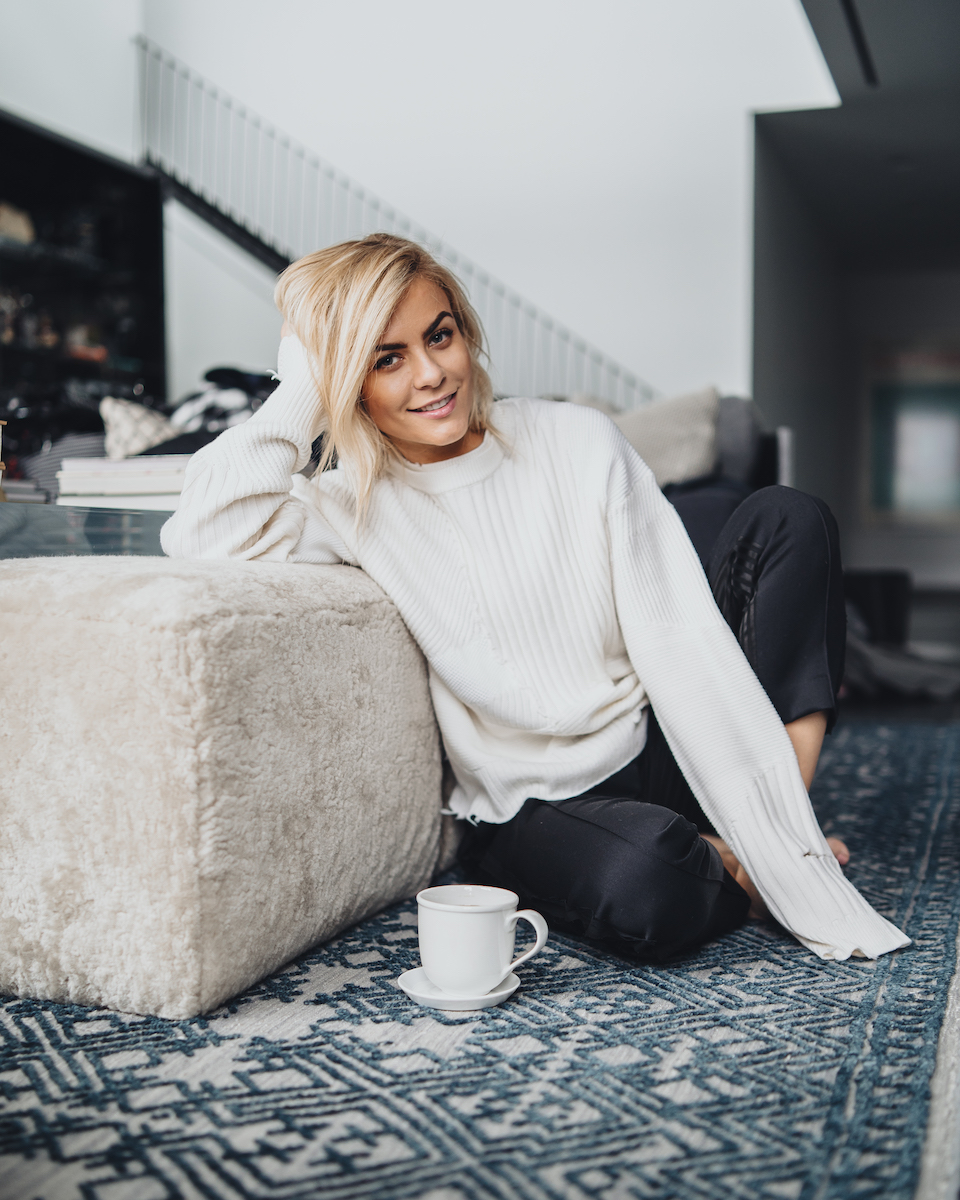 Monika Dixon - I was born and raised in Poland and came to America with a tabula rasa — a clean slate. Now 16 years later, I am a mother to two lil' monkeys and a determined entrepreneur.Life at thirty-something looks much different than my young, bright-eyed self had imagined, but I wouldn't have it any other way. I've realized that there are many aspects of our lives where we need guidance.I created MD in hopes to connect with you, hear your questions, struggles, and opinions, and ultimately provide you with trusted advice.My promise is to always keep it honest and simple.
