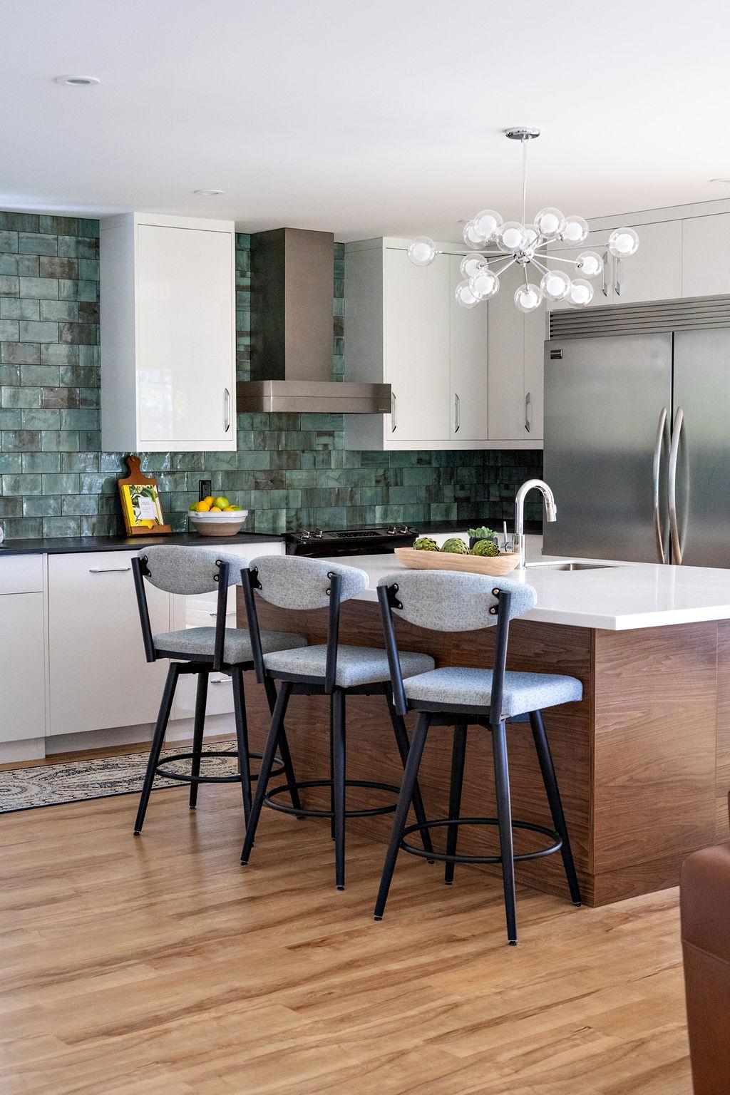 interior-designs-by-adrienne-cranbrook-bc-white-kitchen-subway-backsplash-modern