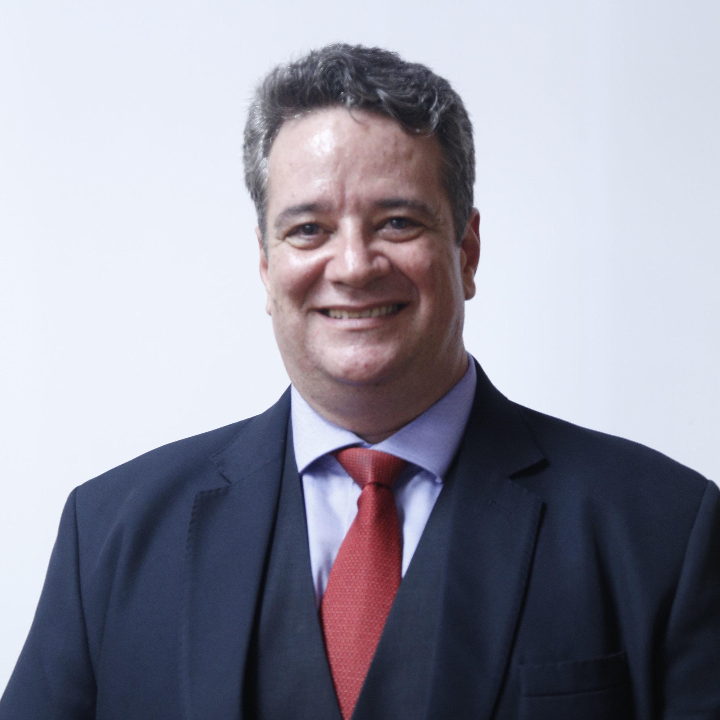 9. Davi Charles Gomes (Presidente do Conselho) copy2.jpg