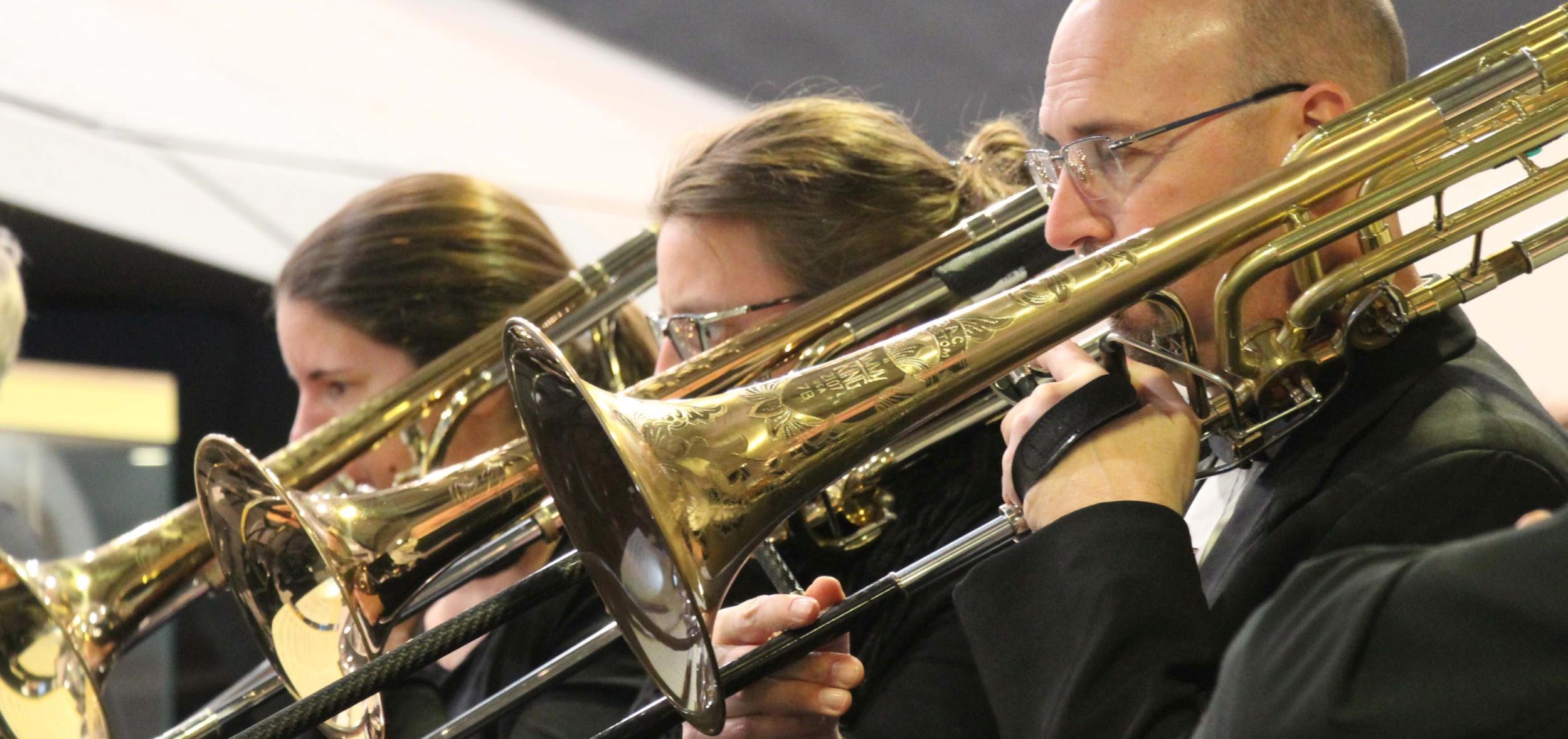 trumpet-banner