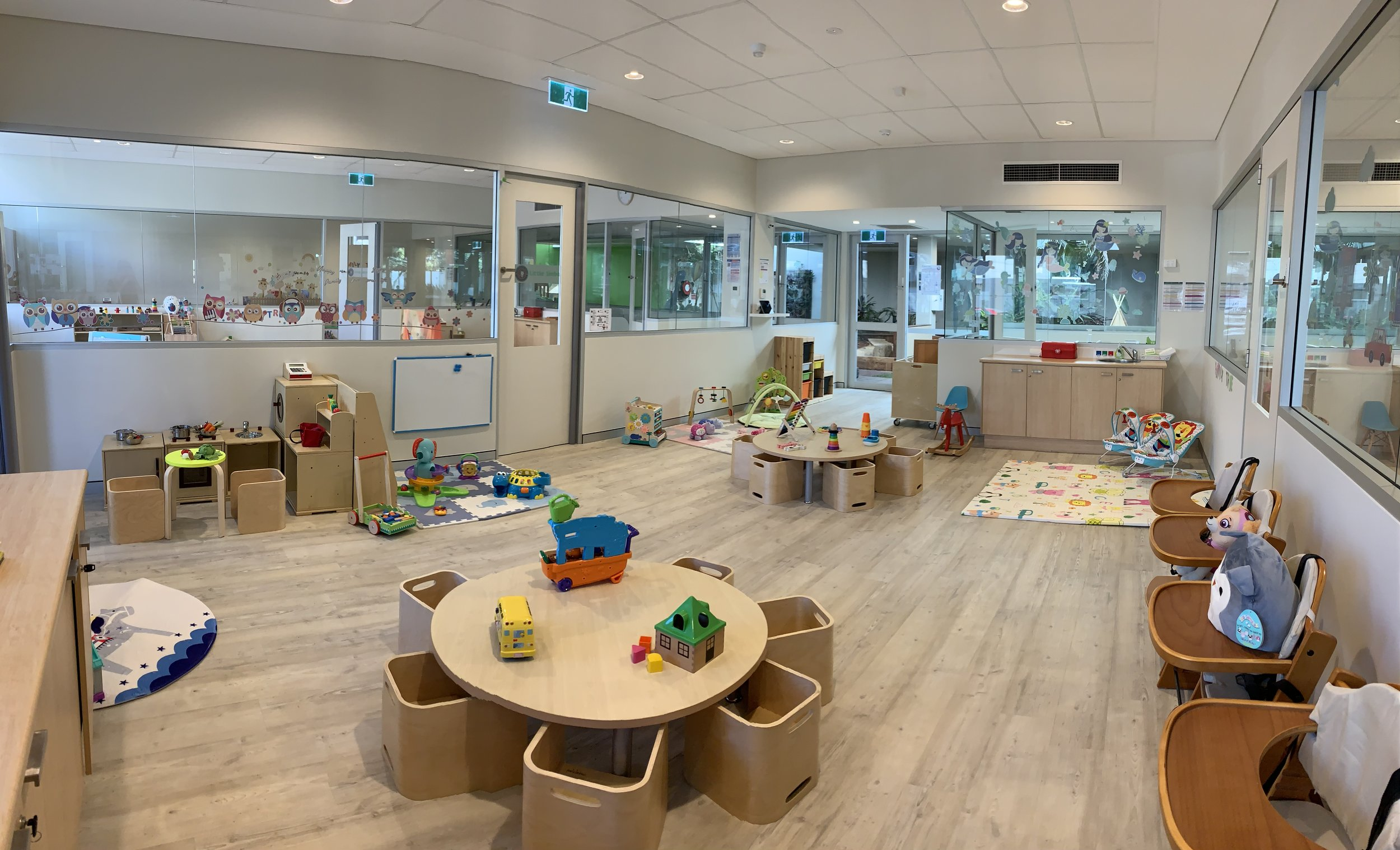 baby room 2.JPG