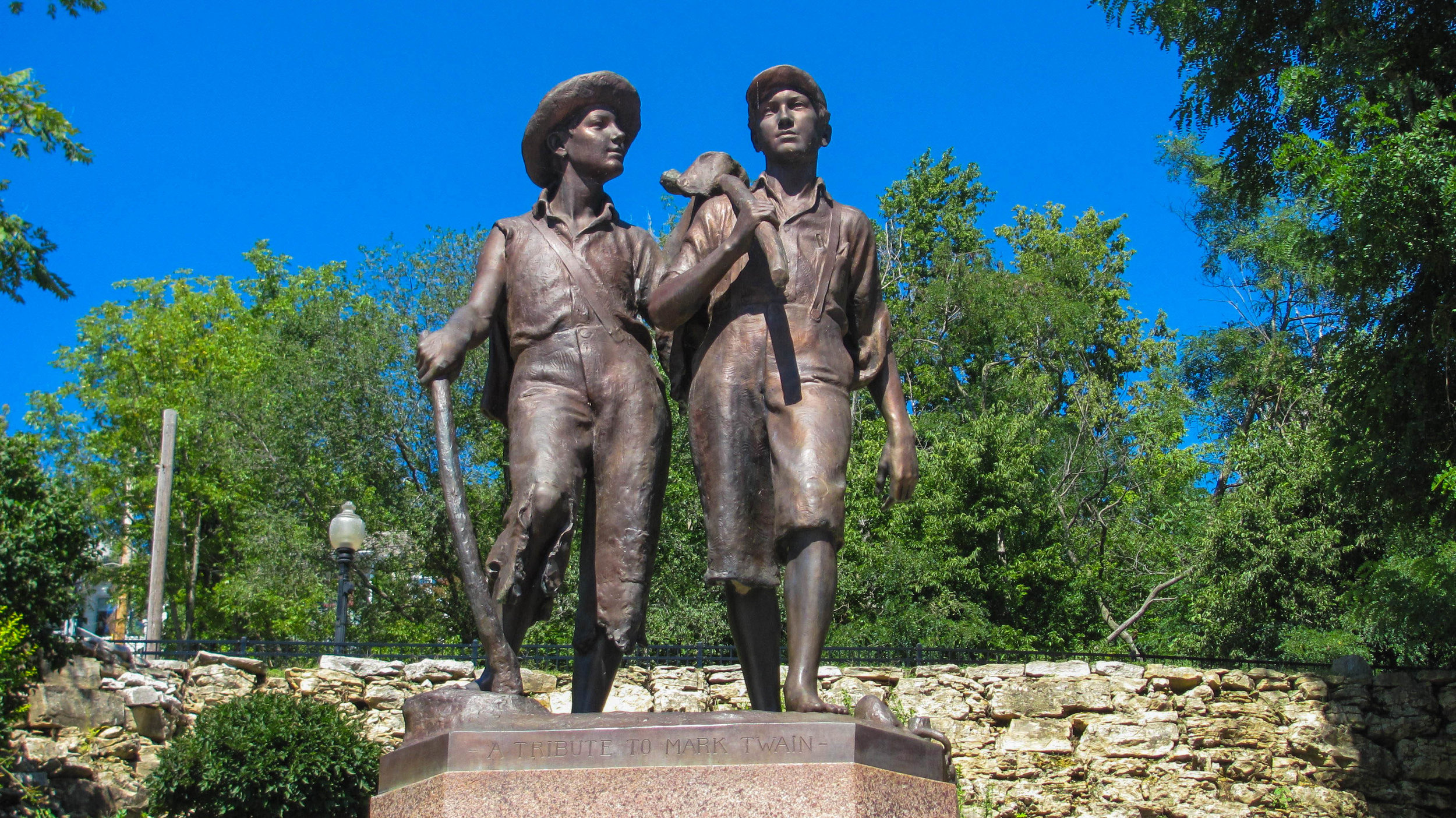 Tom and Huck Statue in Hannibal