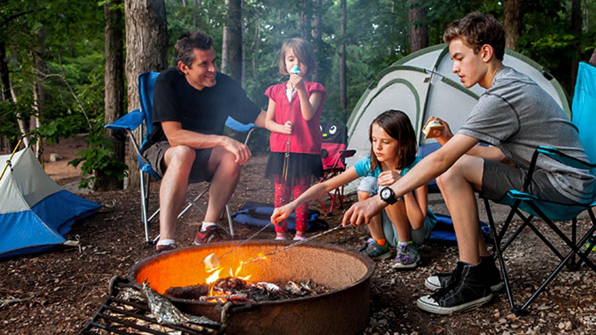 camping-family-kids-alr-c169-.jpg