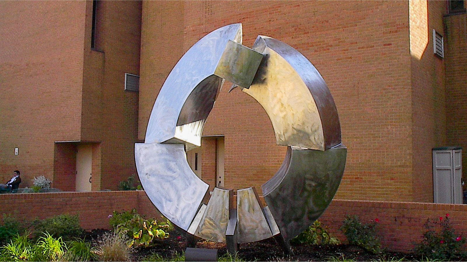 Fractured Form by Rob Lorenson Southwestern Illinois College, Belleville, Illinois