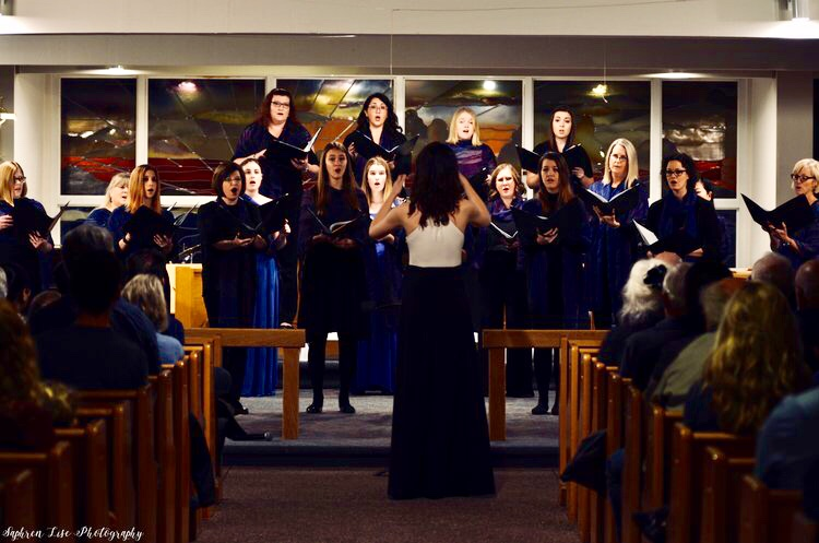 Crescent Choirs - Luna Vocal Ensemble