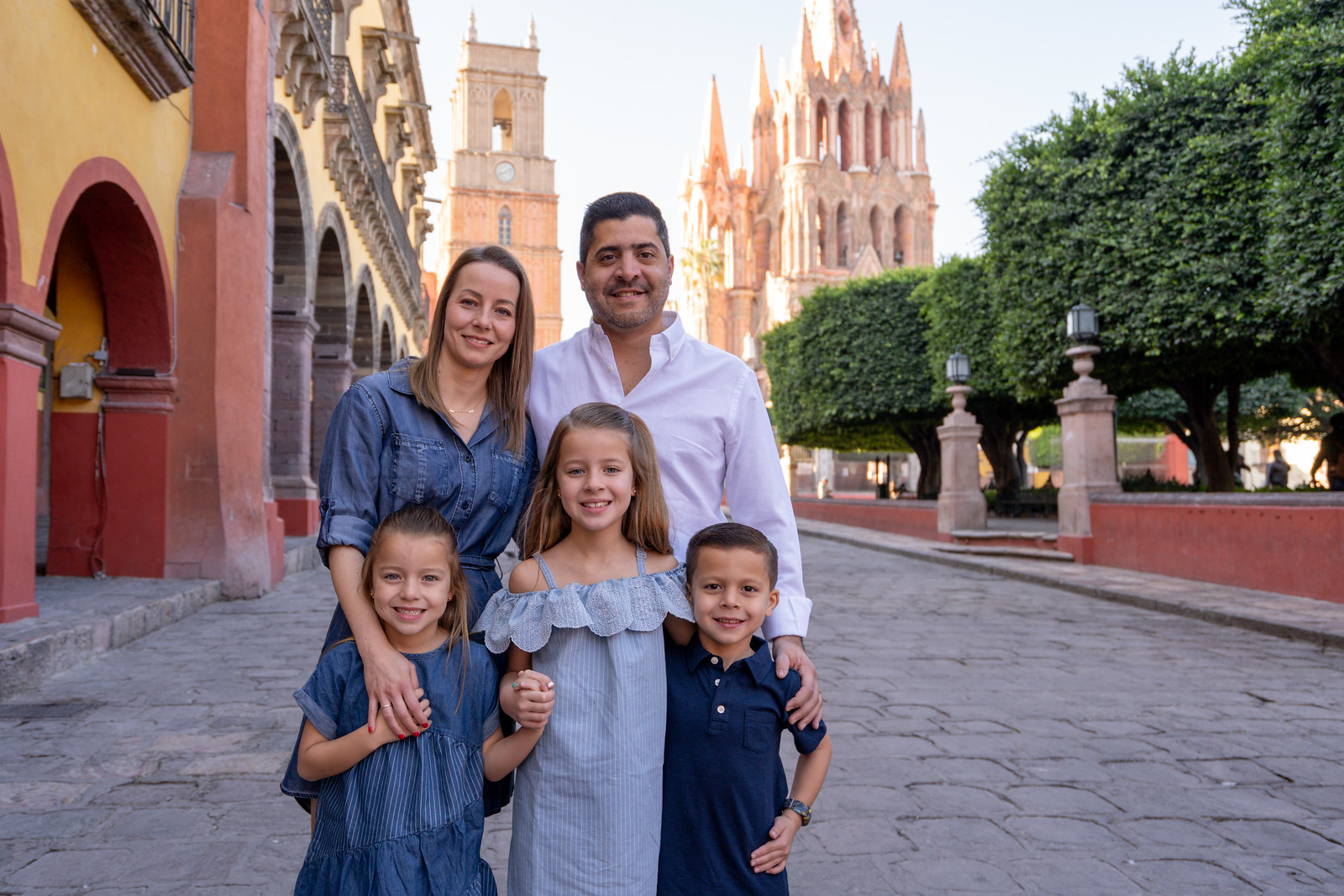 Sesion de Fotos Familiar en San Miguel de Allende con Jimena y su Familia-4.jpg