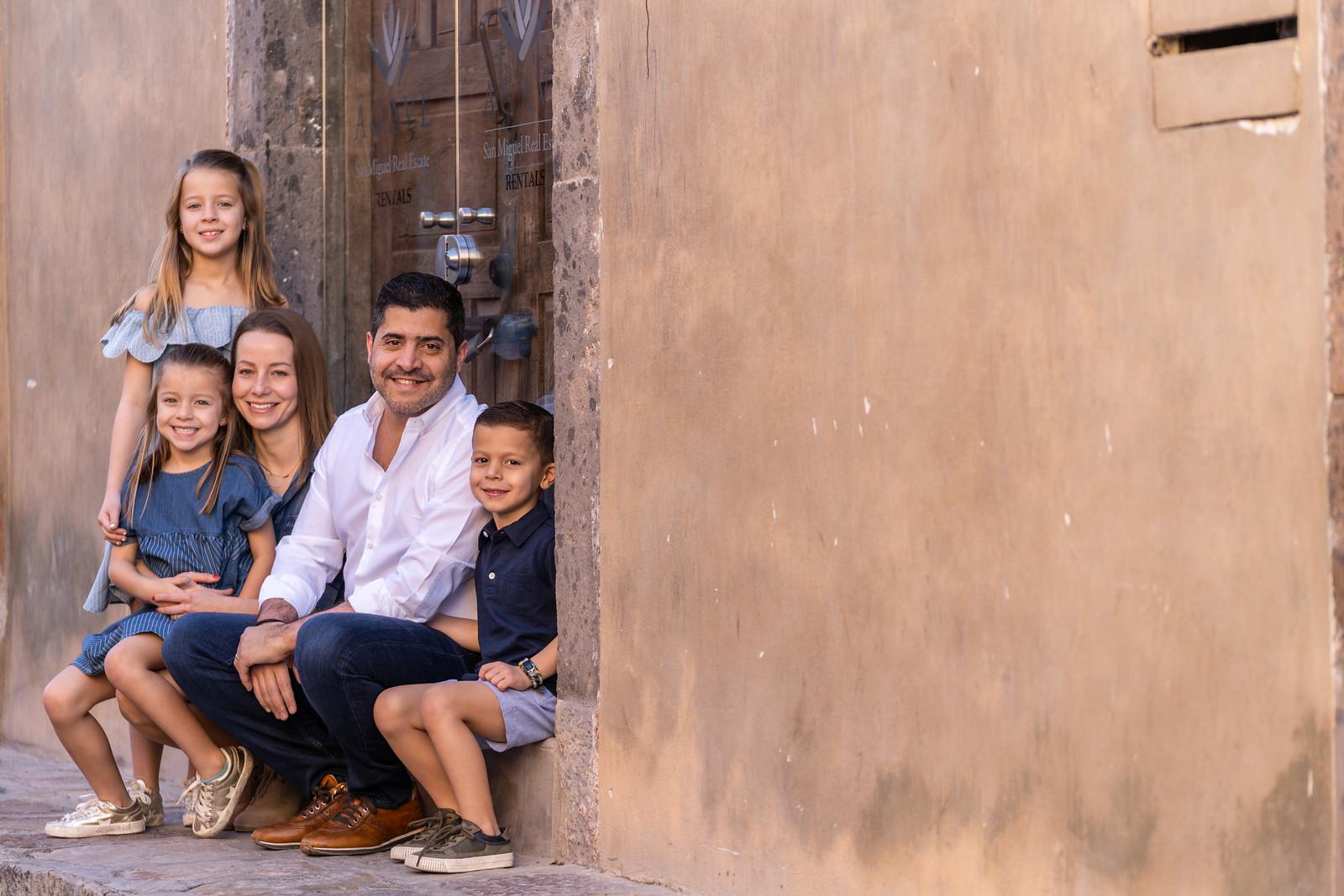 Sesion de Fotos Familiar en San Miguel de Allende con Jimena y su Familia-11.jpg