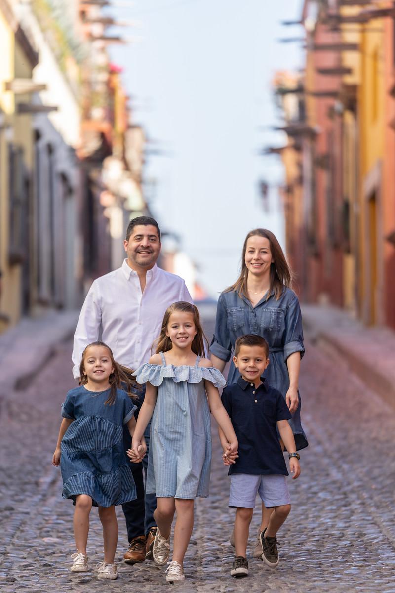 Sesion de Fotos Familiar en San Miguel de Allende con Jimena y su Familia-22.jpg