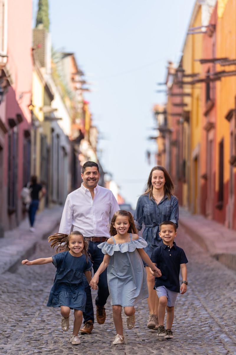 Sesion de Fotos Familiar en San Miguel de Allende con Jimena y su Familia-23.jpg