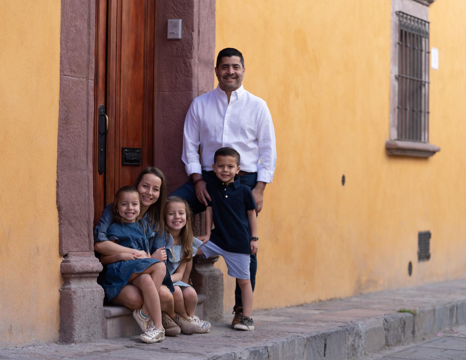 Sesion de Fotos Familiar en San Miguel de Allende con Jimena y su Familia-36.jpg