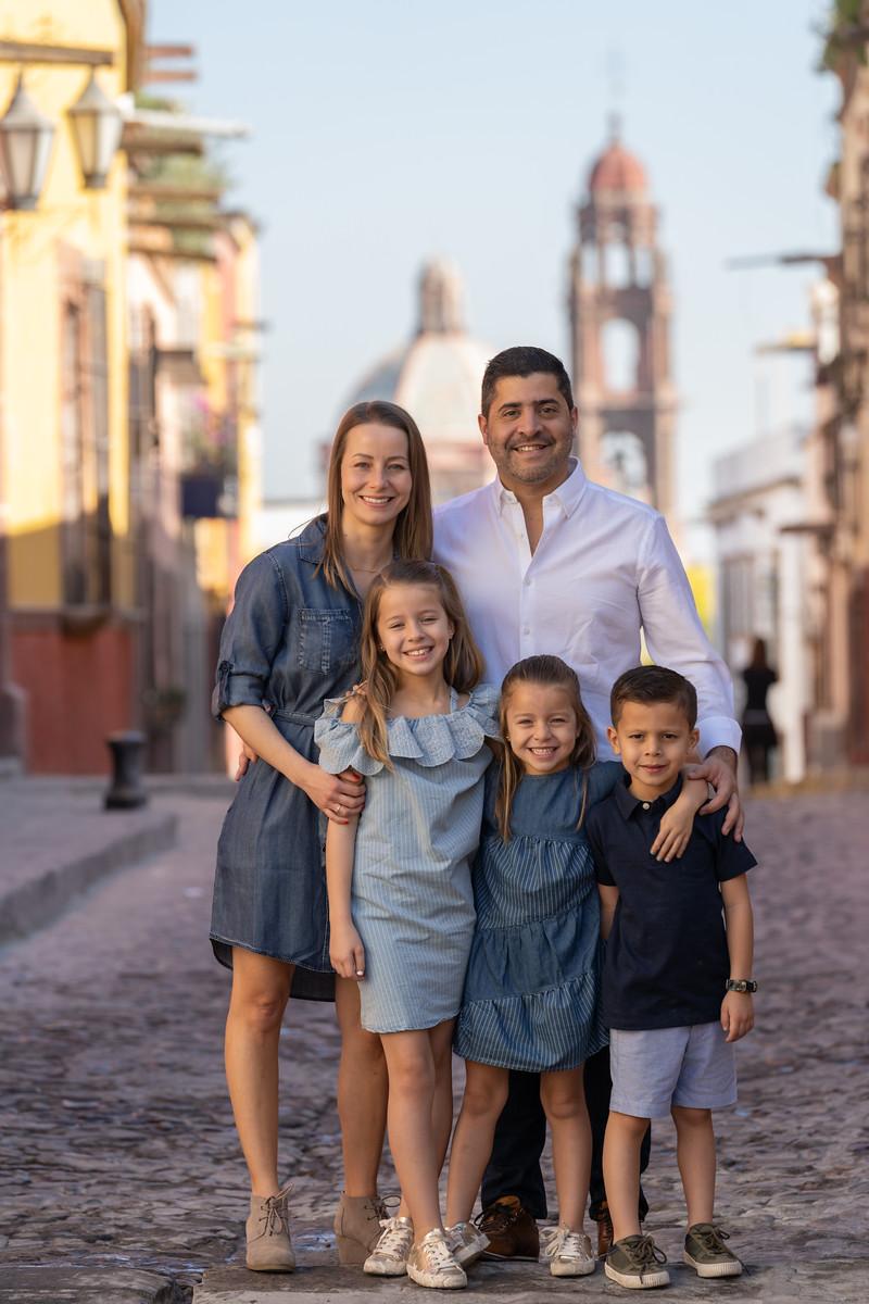 Sesion de Fotos Familiar en San Miguel de Allende con Jimena y su Familia-45.jpg
