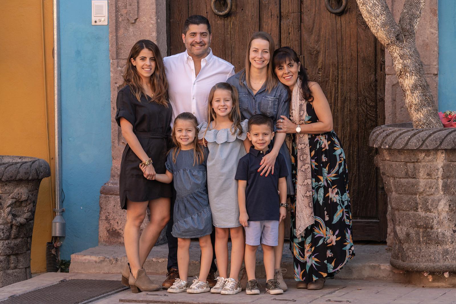 Sesion de Fotos Familiar en San Miguel de Allende con Jimena y su Familia-49.jpg
