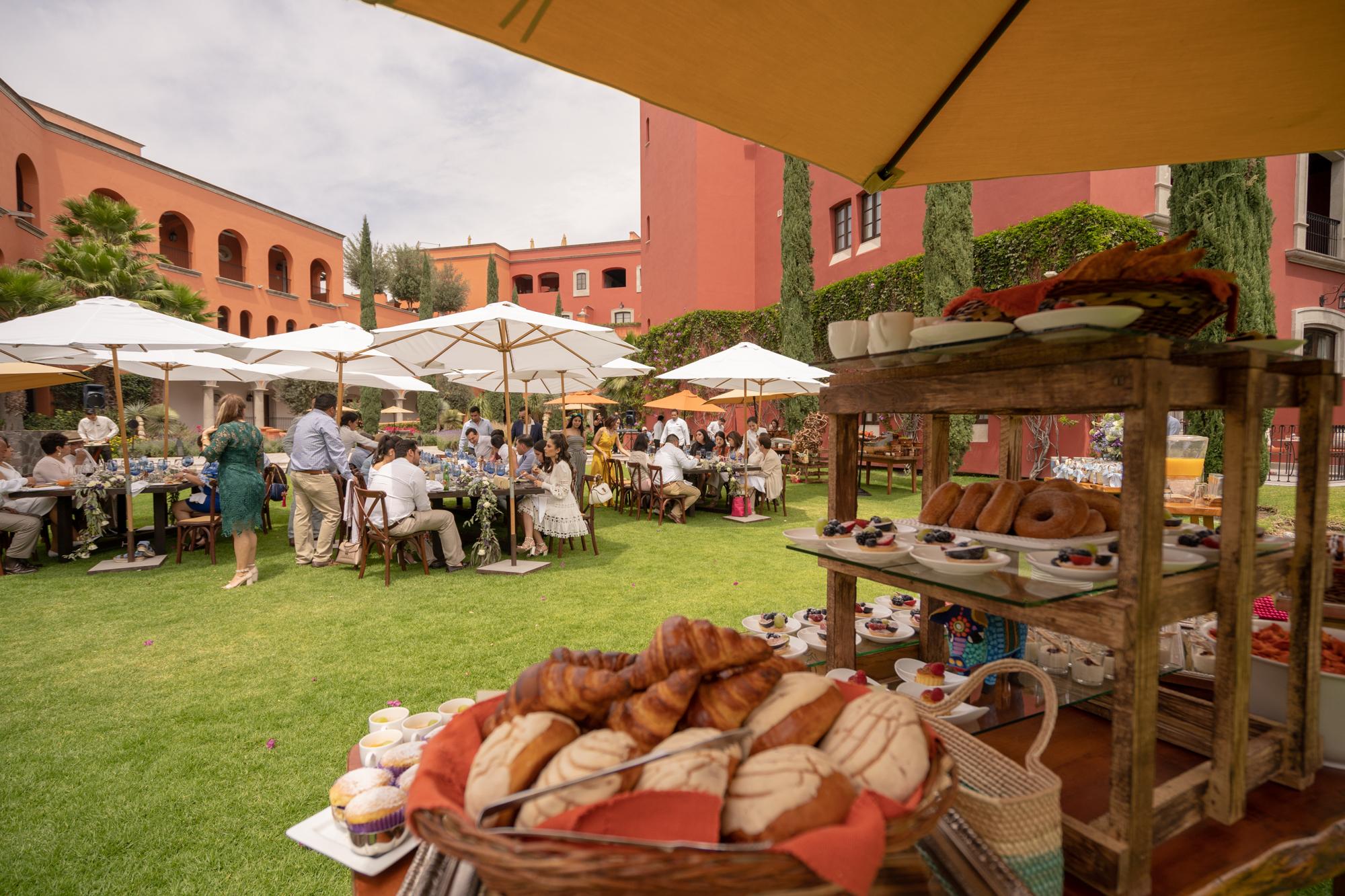 Sesion de Fotos en Rosewood San Migue de Allende del Bautizo de Alfonso-126.jpg