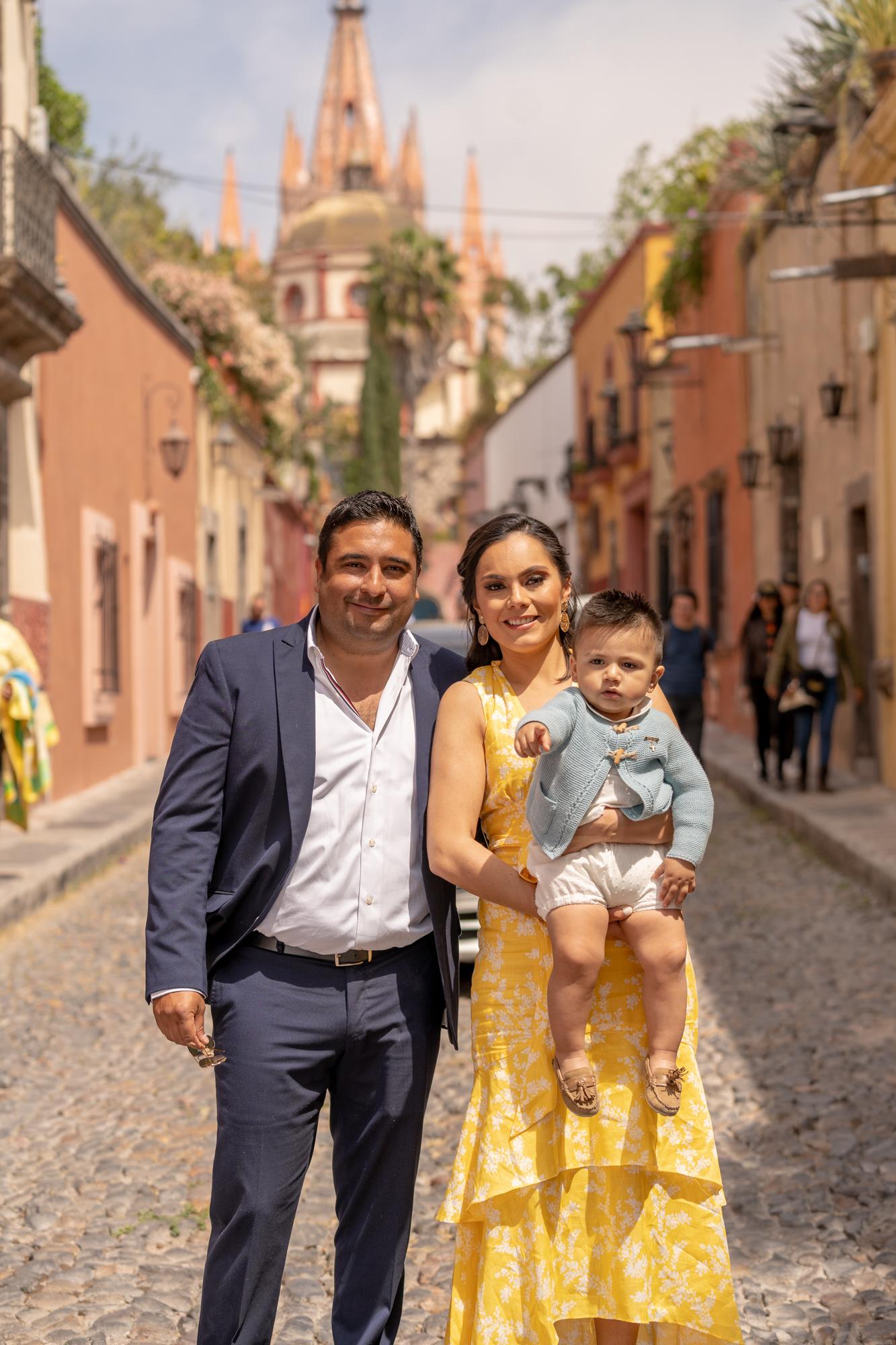Sesion de Fotos en Rosewood San Migue de Allende del Bautizo de Alfonso-35.jpg