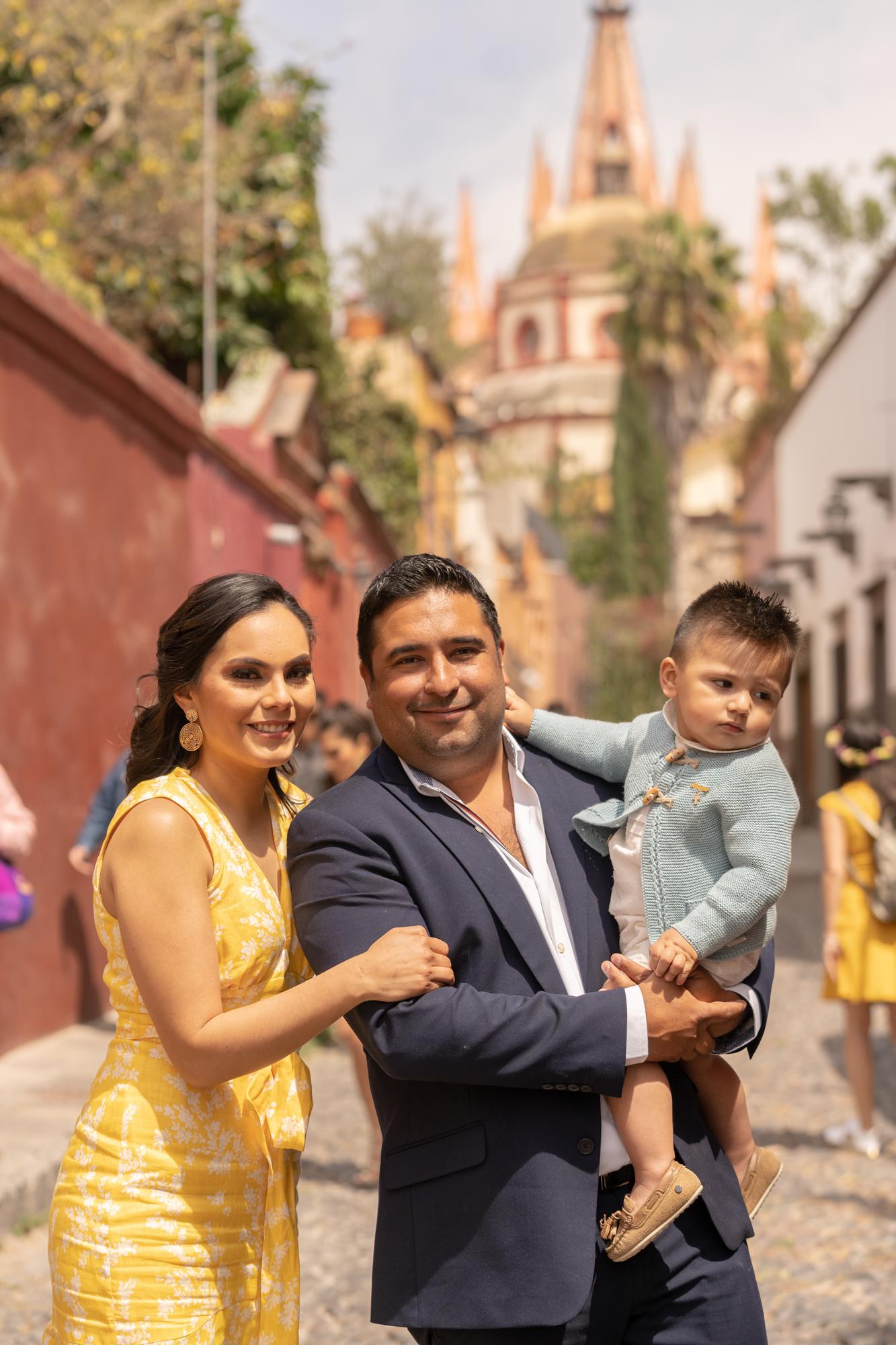 Sesion de Fotos en Rosewood San Migue de Allende del Bautizo de Alfonso-30.jpg