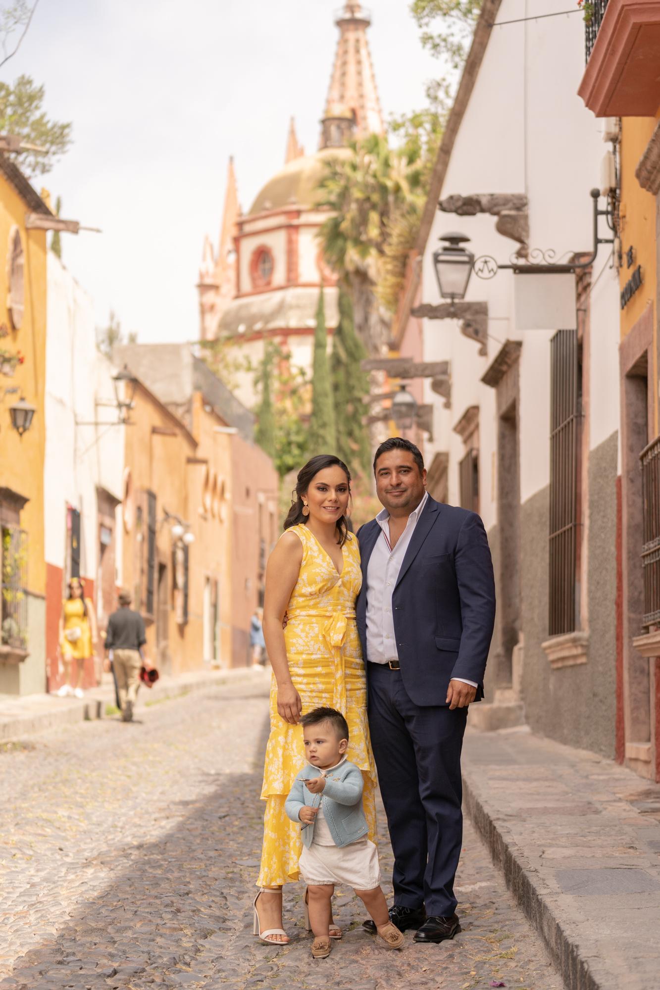 Sesion de Fotos en Rosewood San Migue de Allende del Bautizo de Alfonso-24.jpg