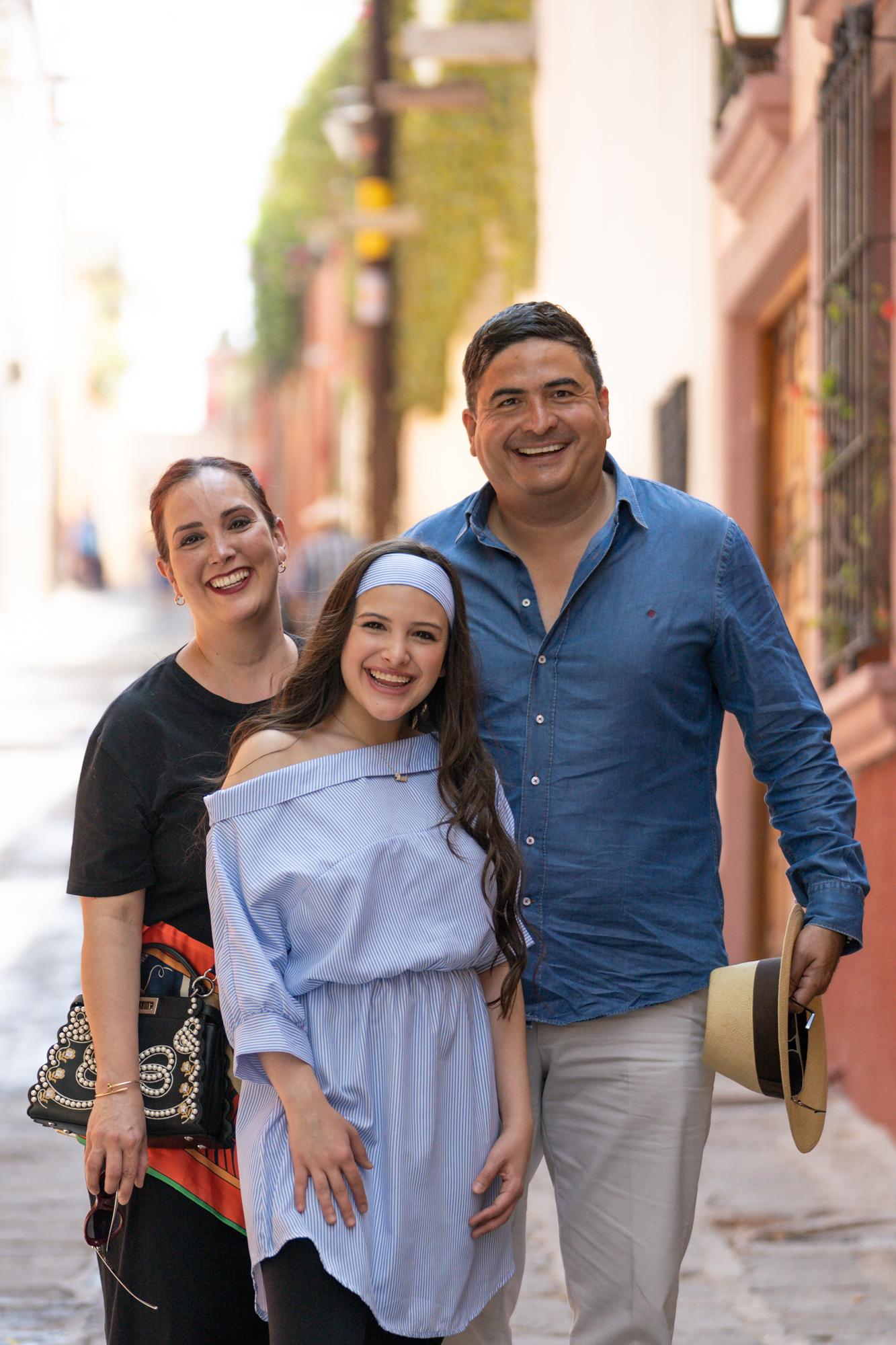 Sesion de Fotos en San Miguel de Allende con Rogelio y su Fmailia-59.jpg