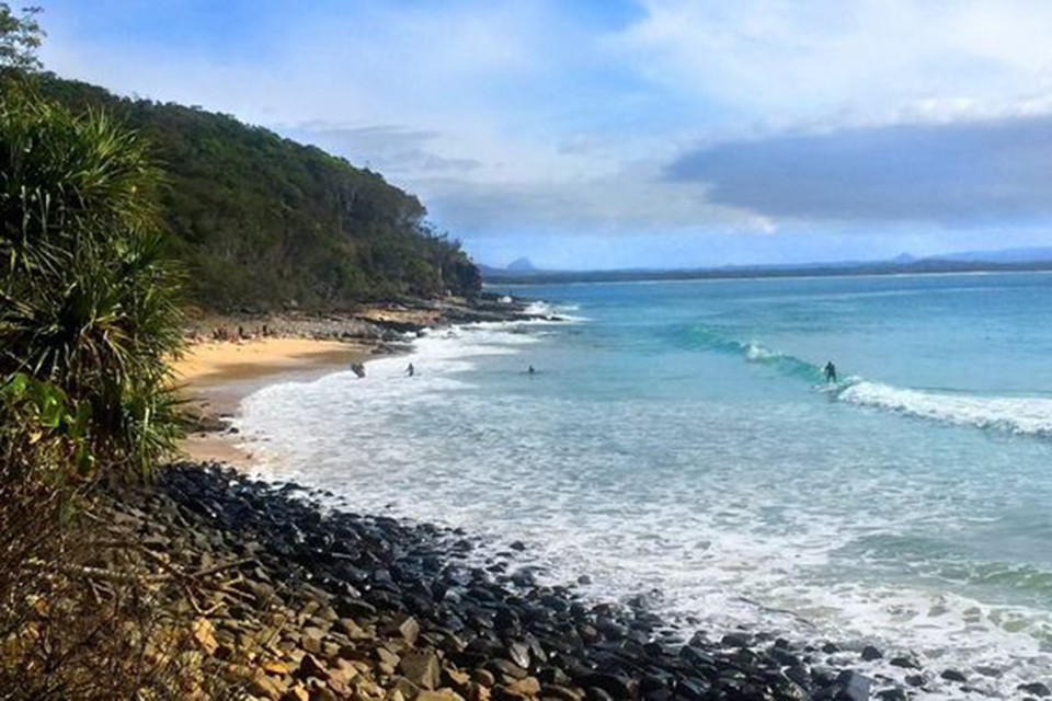 Noosa National Park - * Capacity up to 20A short drive from Hastings St. Permits can be obtained from the Department of National Parks, Recreation, Sports & Racing (not council). Strict restrictions now apply so check for latest rulings.