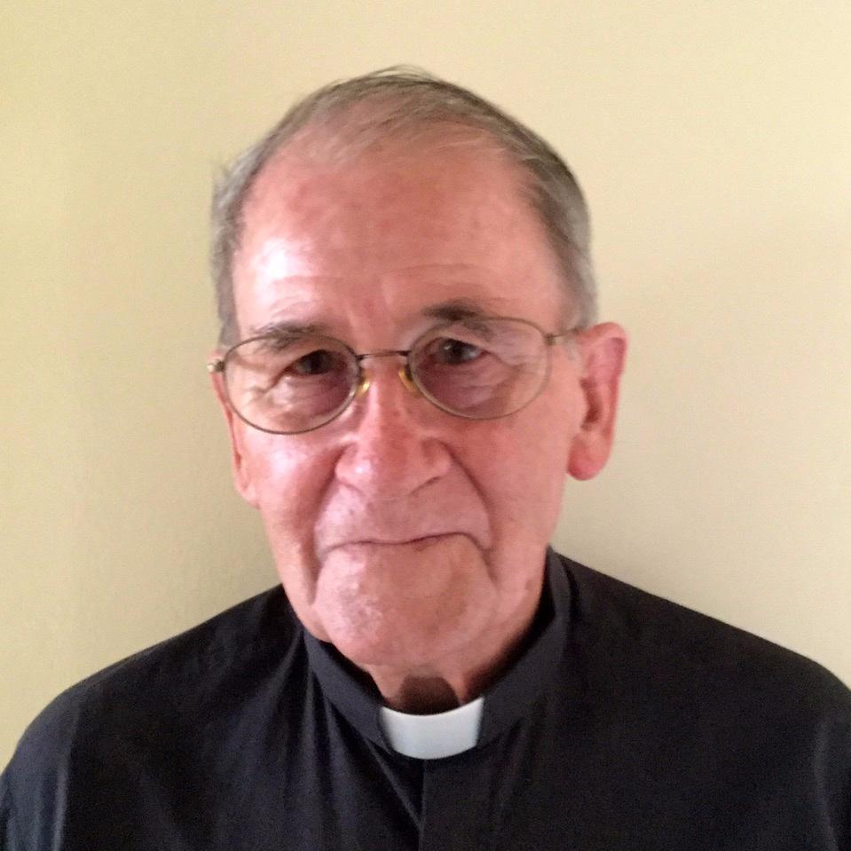 Reverend Graham MacRobb - Honorary Assistant Minister