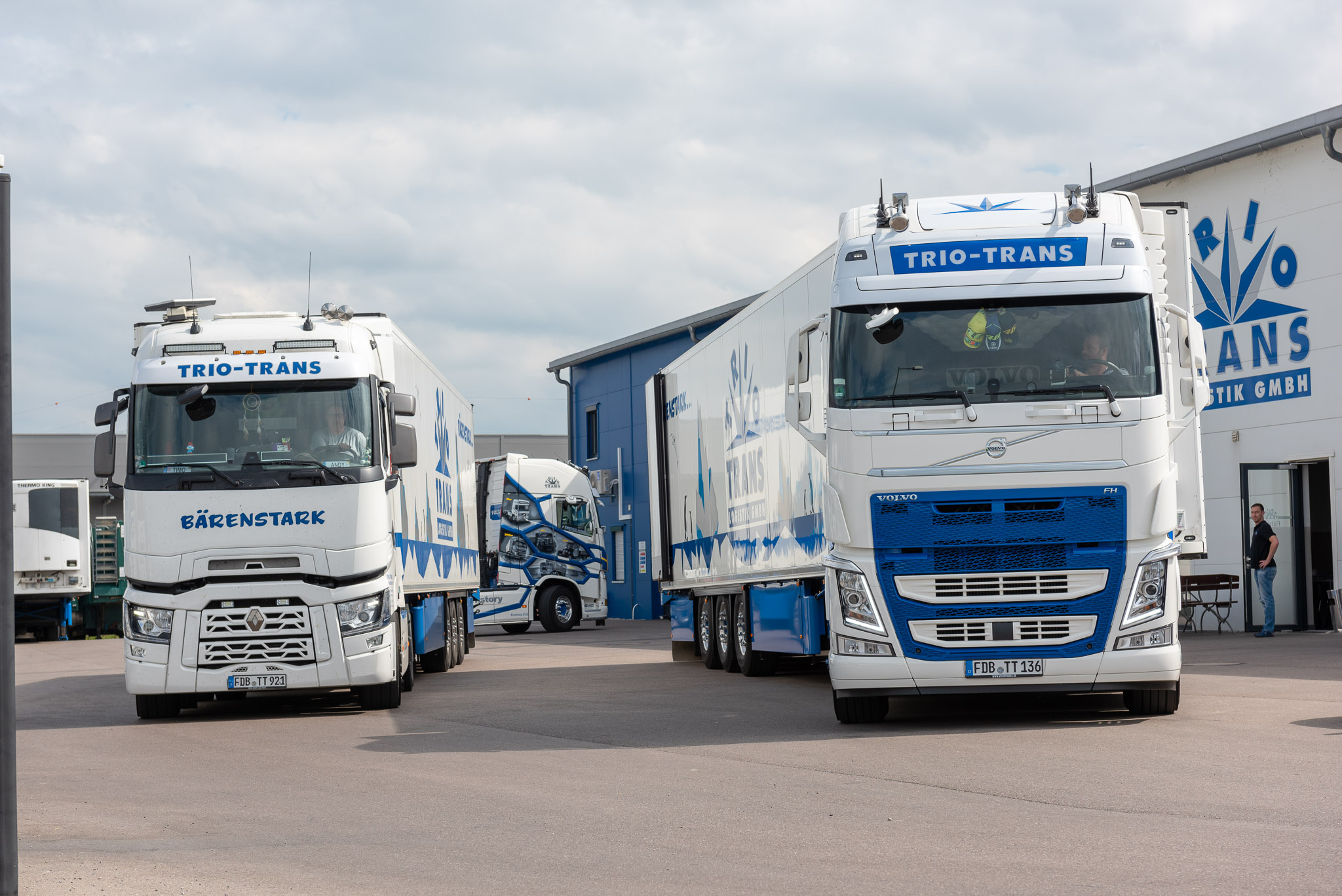 180624-Trio Trans Logistik Trucks-1686-2048.jpg