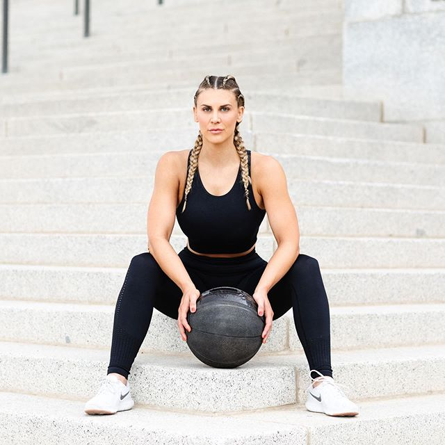 An a active, purpose driven lifestyle understood✨👇🏼 Seamless matching black set from @acta.wear. Link to shop this look in the bio! Also comes in ice blue and pink #gymswag . . . . . . . . .  #womenshealth #womensfitness #braids #fitness #yesyoucan #braidstyles #wellness #mentalhealth #endorphins #sweat #exercise #exercisemotivation #weights #cardio #fitspo #fit #collaboration #sp #athleisure #actawear #gymmotivation #gymswag #workoutroutine #yoga #running #fitnesskickboxing