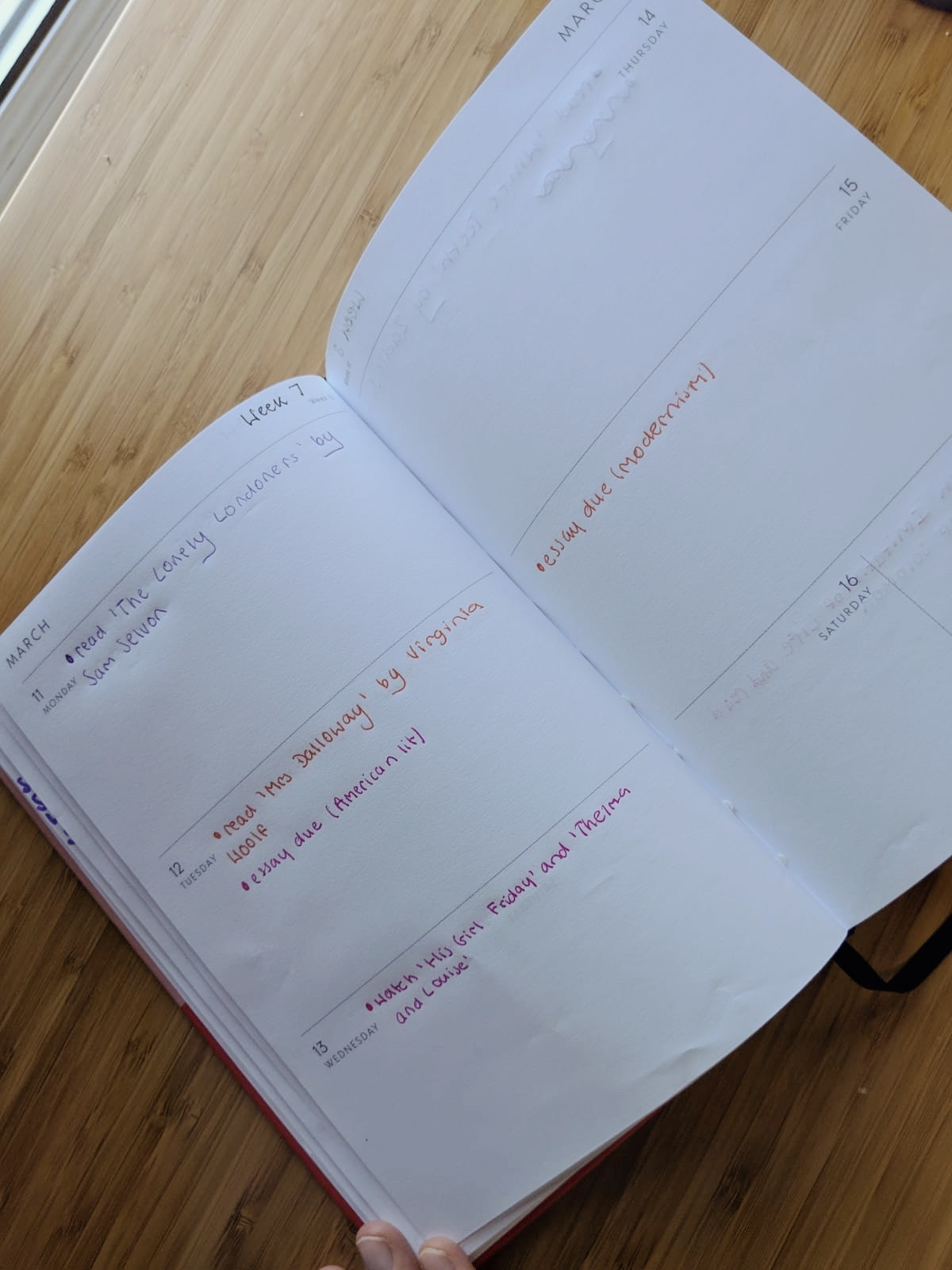 How To Become More Organised as a Student