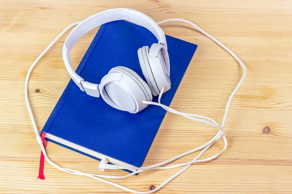 Five great podcasts for book lovers | The mancunion -