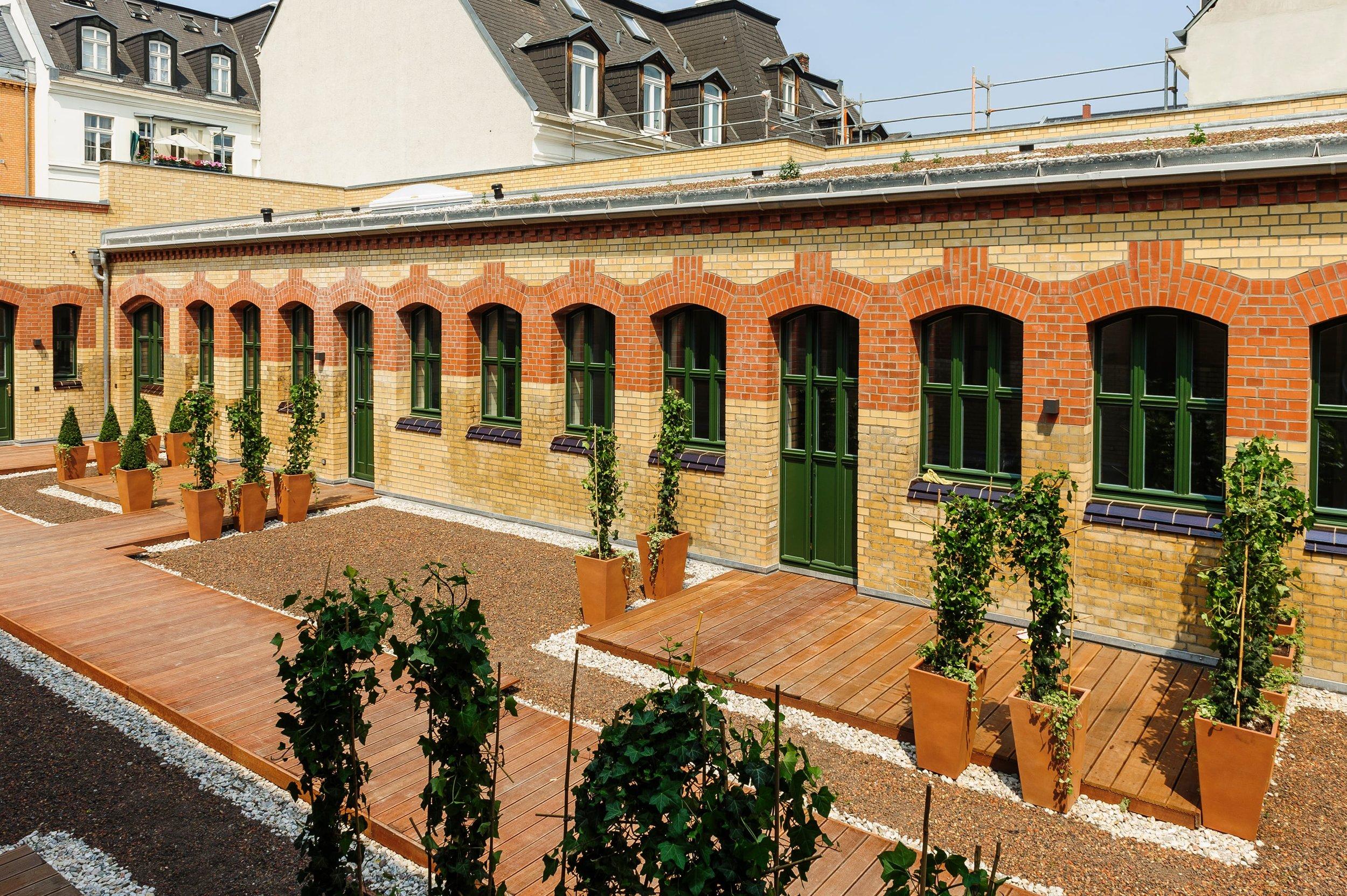 ksw-silvanushoefe-terrasse.jpg