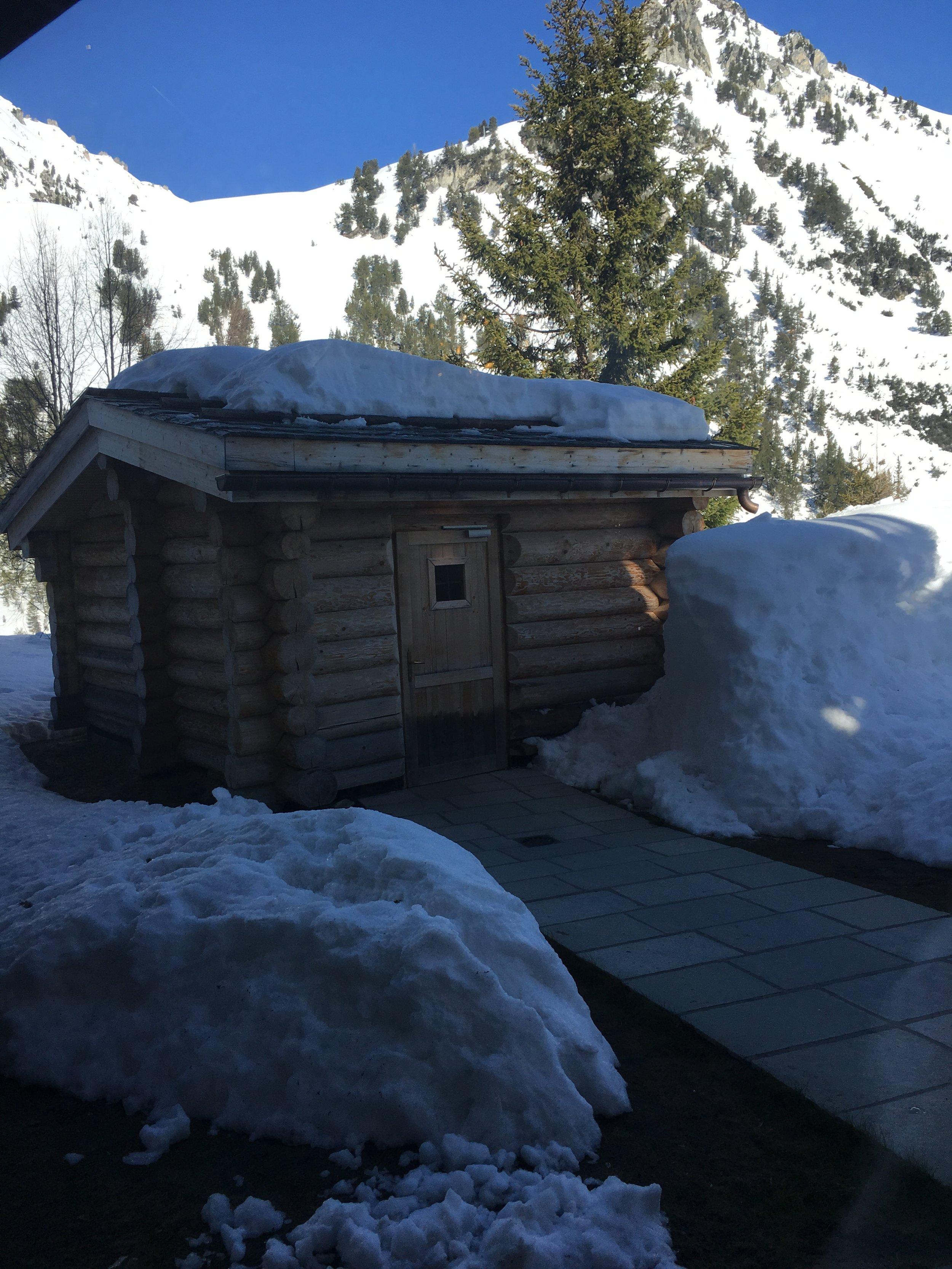 outside wood oak sauna .jpg