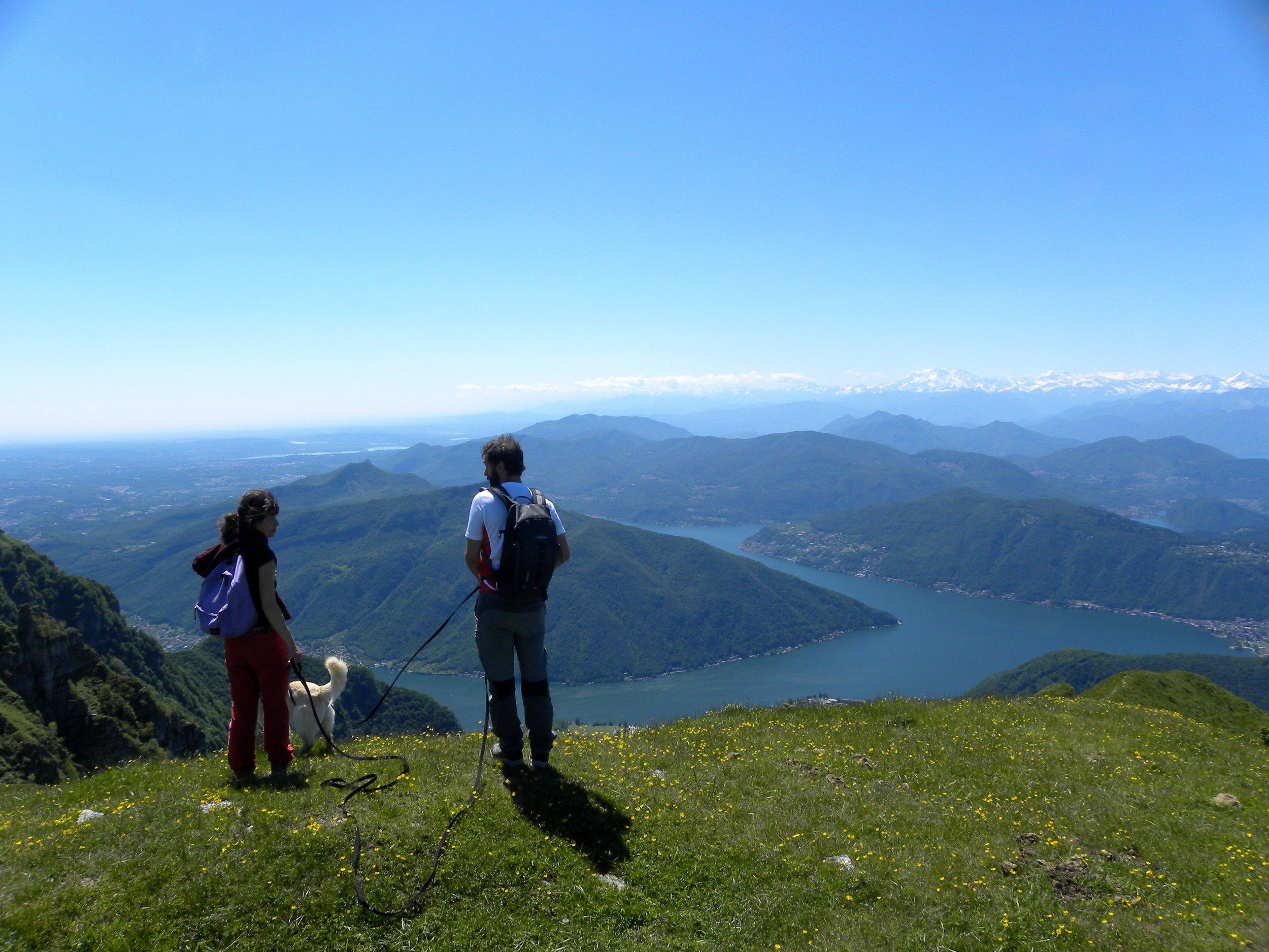 Hiking como lake monte generoso vista lago.jpg