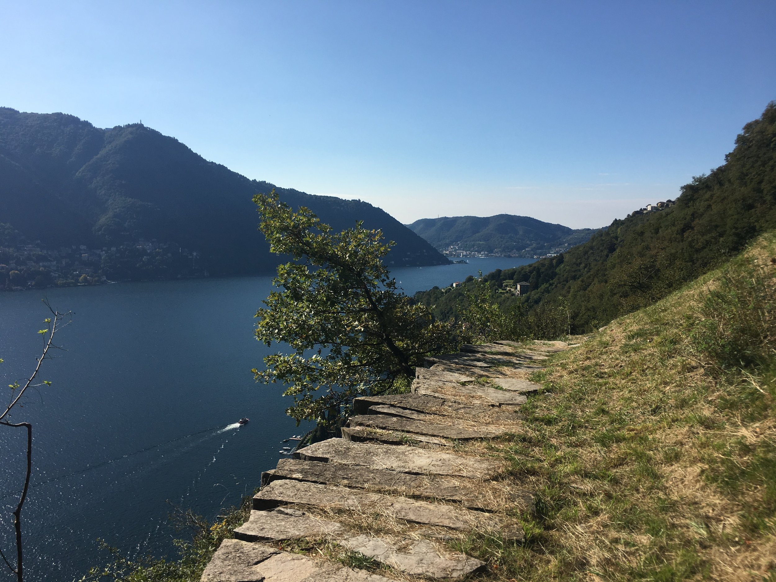 HikingComoLake_Senteedesort_hike_14.JPG