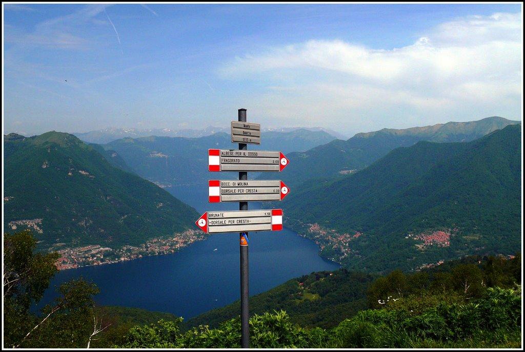 Monte Bolletto segnavia.jpg