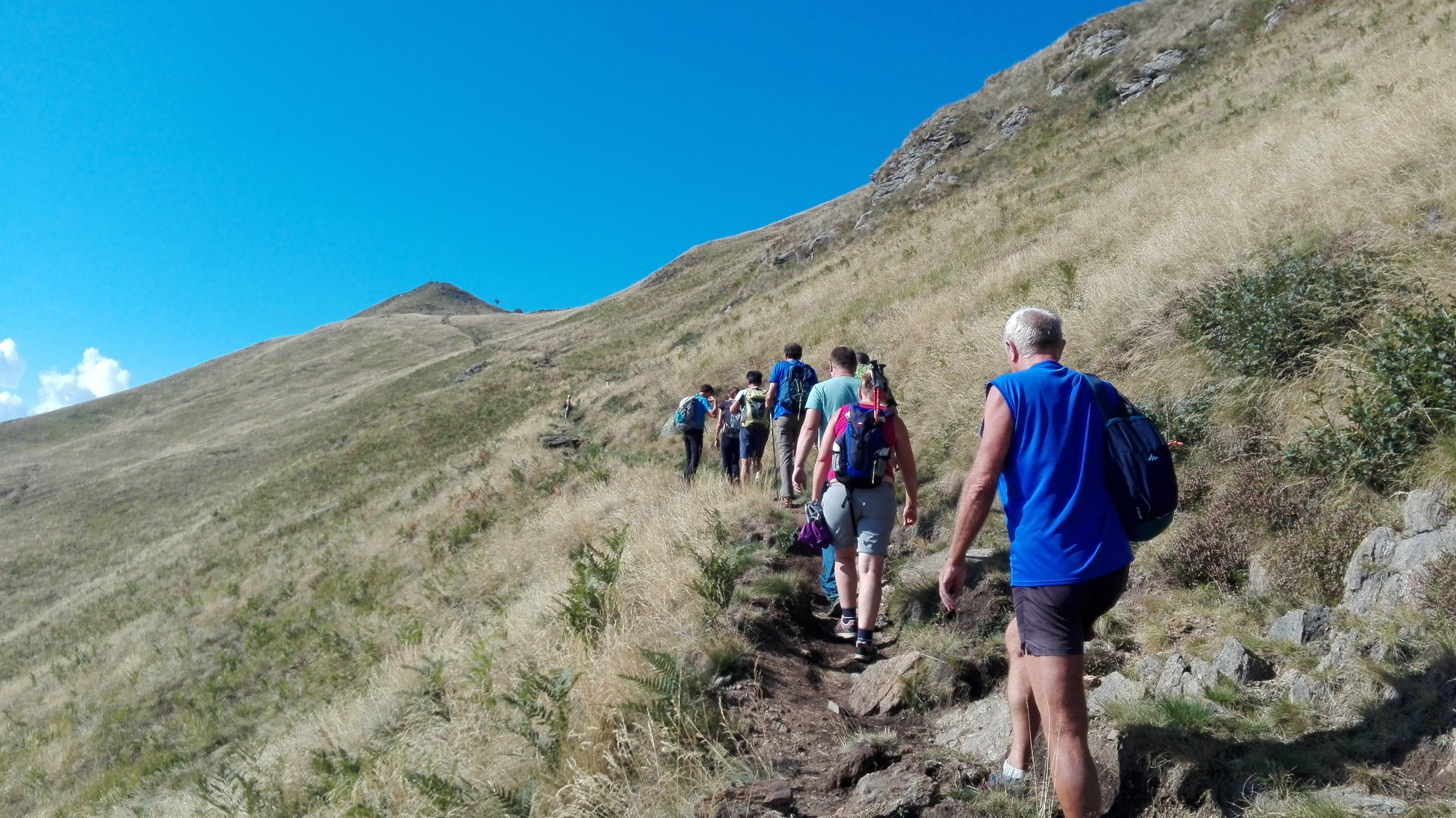Hikingcomolake_crocedimuggio2.jpg