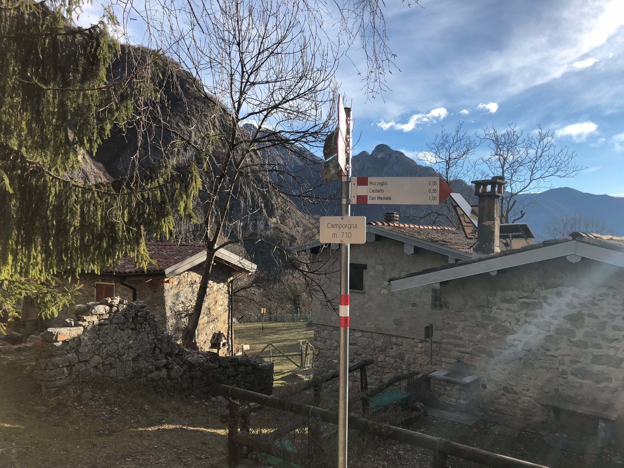 LR Camporgna_Valsolda-Hikingcomolake.jpg