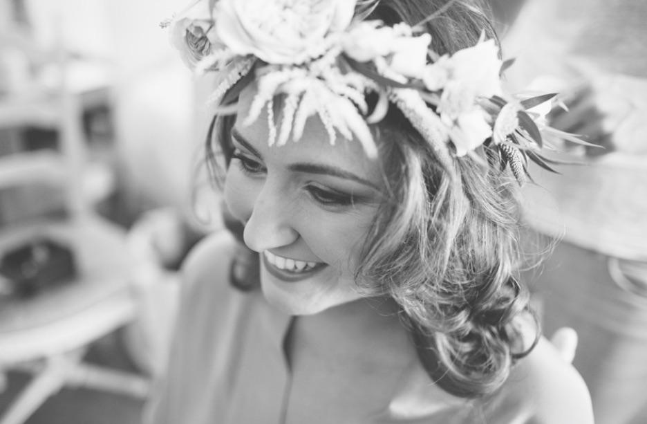 QUEEN FOR A DAY - 05.10.2015MArie+AndyUne nouvelle semaine qui commence bien avec ce très joli mariage qui a eu lieu il y a un mois jour pour jour, près d'Avignon. Tout est réussi mais j'ai beaucoup aimé la tenue des mariés, la couronne en fleurs fraiches et cette cravate mint assortie aux robes des demoiselles ….DECOUVRIR…