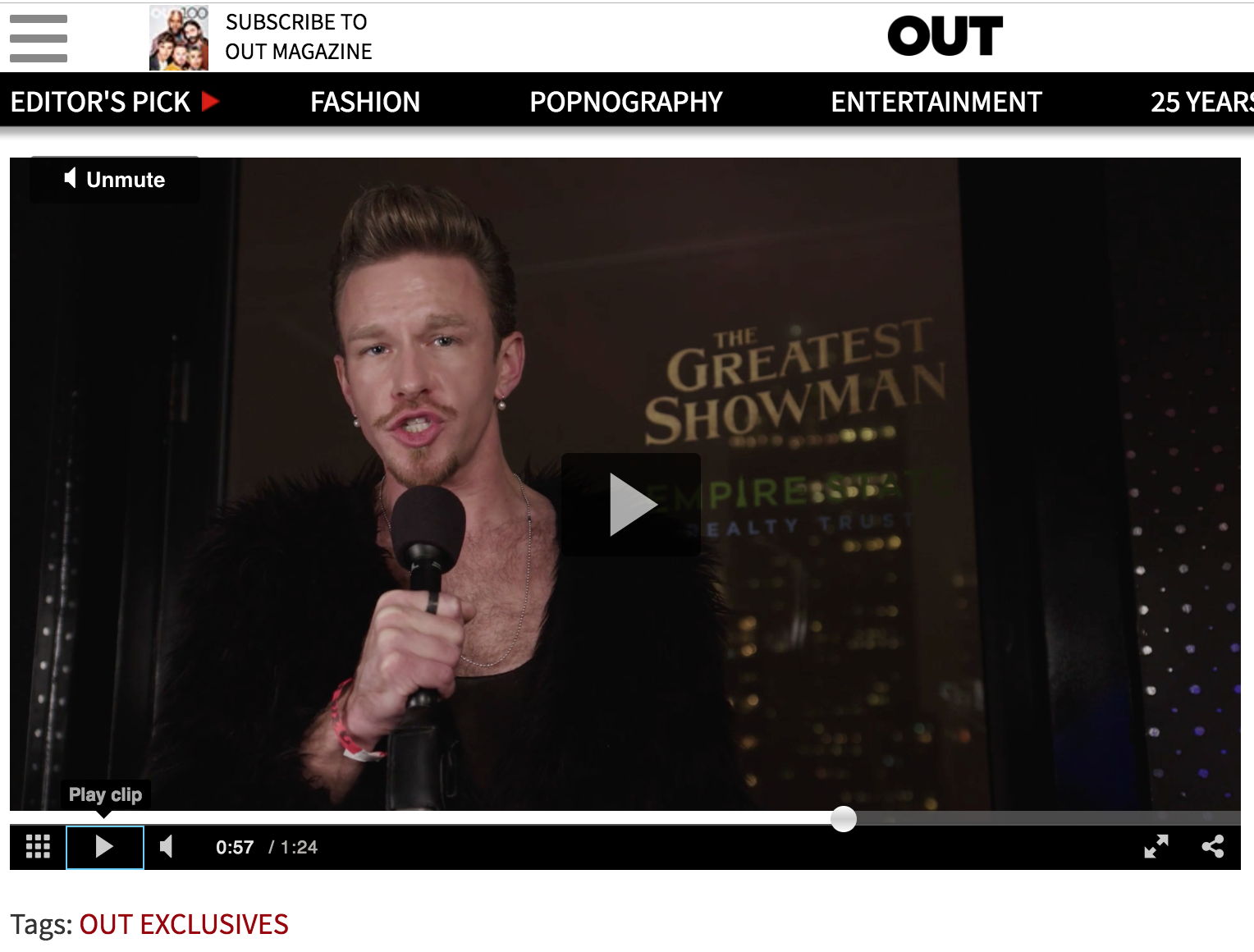 OUT  COVERAGE OF  THE GREATEST SHOWMAN  EVENT   (LIVE VIDEO SEGMENT)   I report live from a New York premiere event for the musical Oscar contender  The Greatest Showman .