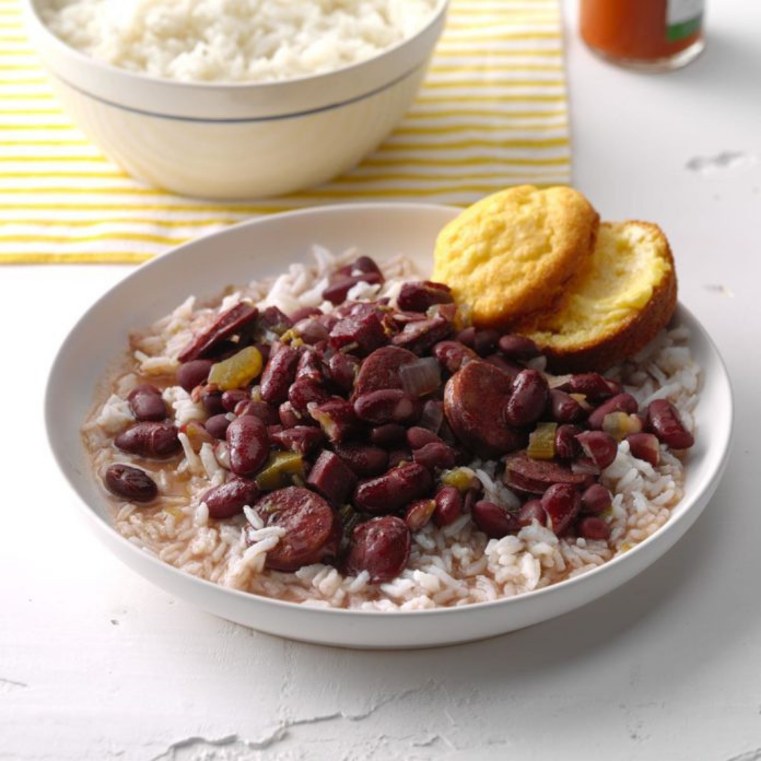 Red Beans, Rice and Ham - Have we mentioned how much we love pressure cookers and make-ahead freezer meals? Filled with beans, meat, and veggies, this recipe is tasty, easy and economical, too!Get the recipe>>