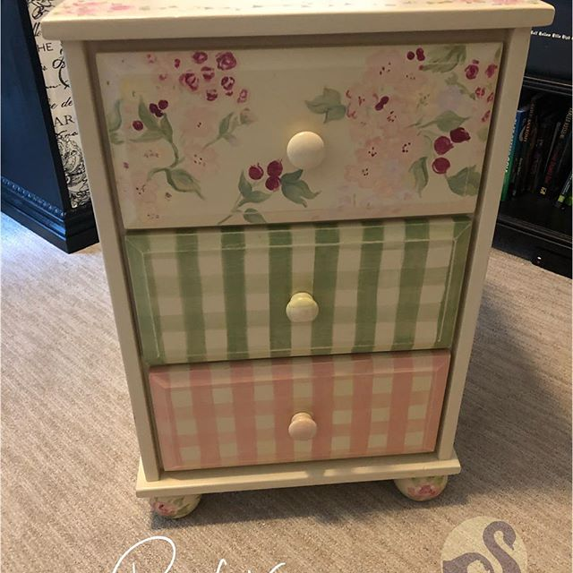 This nightstand was adorably sweet before, but its owner is  now a college grad living in Manhattan,  and she wanted something classy and sophisticated for her new space! @alissagruber 💕 Swipe ⬅️ to see the after pic! www. uglyducklingfurniture.com Follow me on IG - tara.uglyducklingfurniture