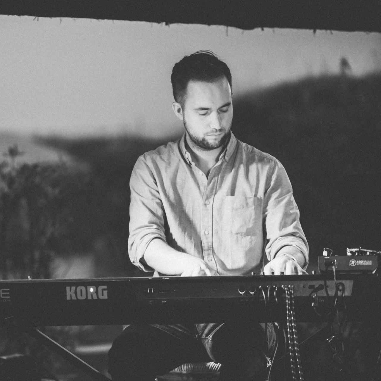 David Mabbott - Piano, Guitar and Saxophone teacher