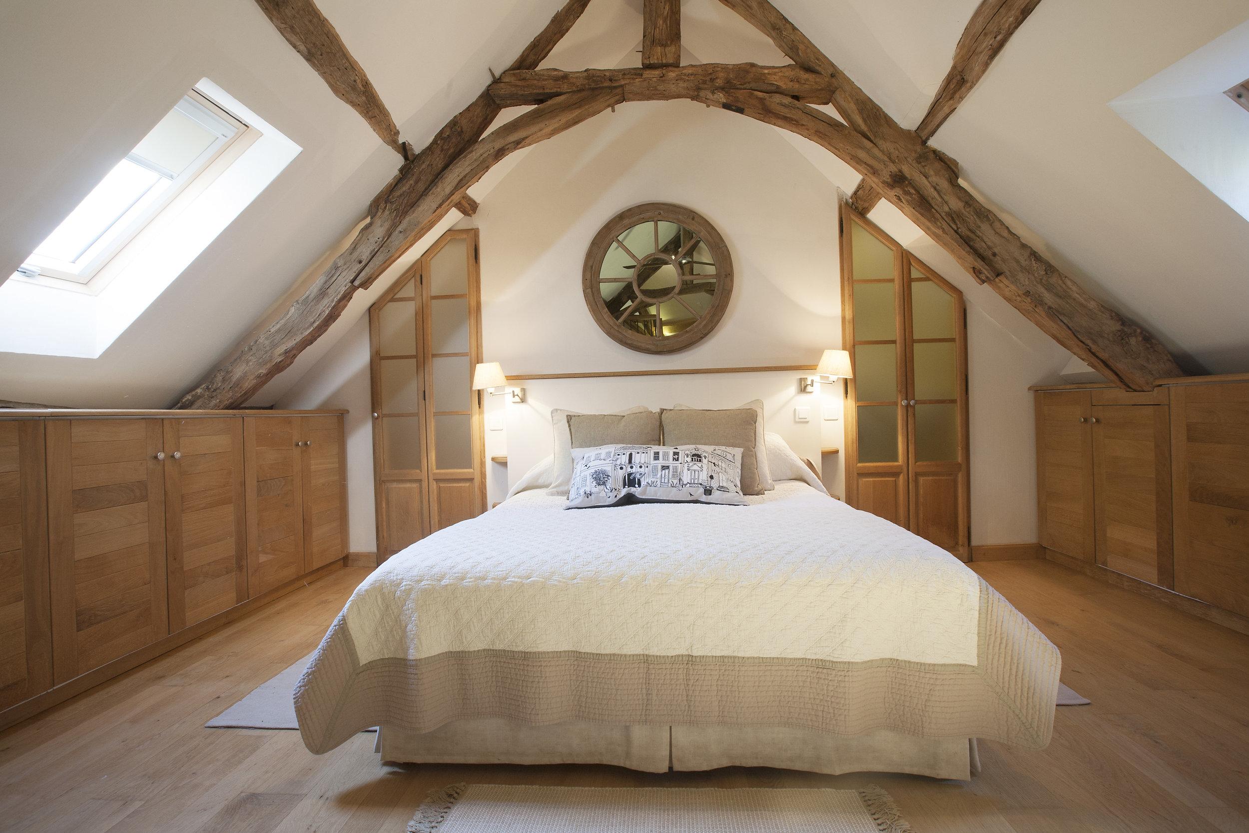 Blanc - Bedroom 2.jpg