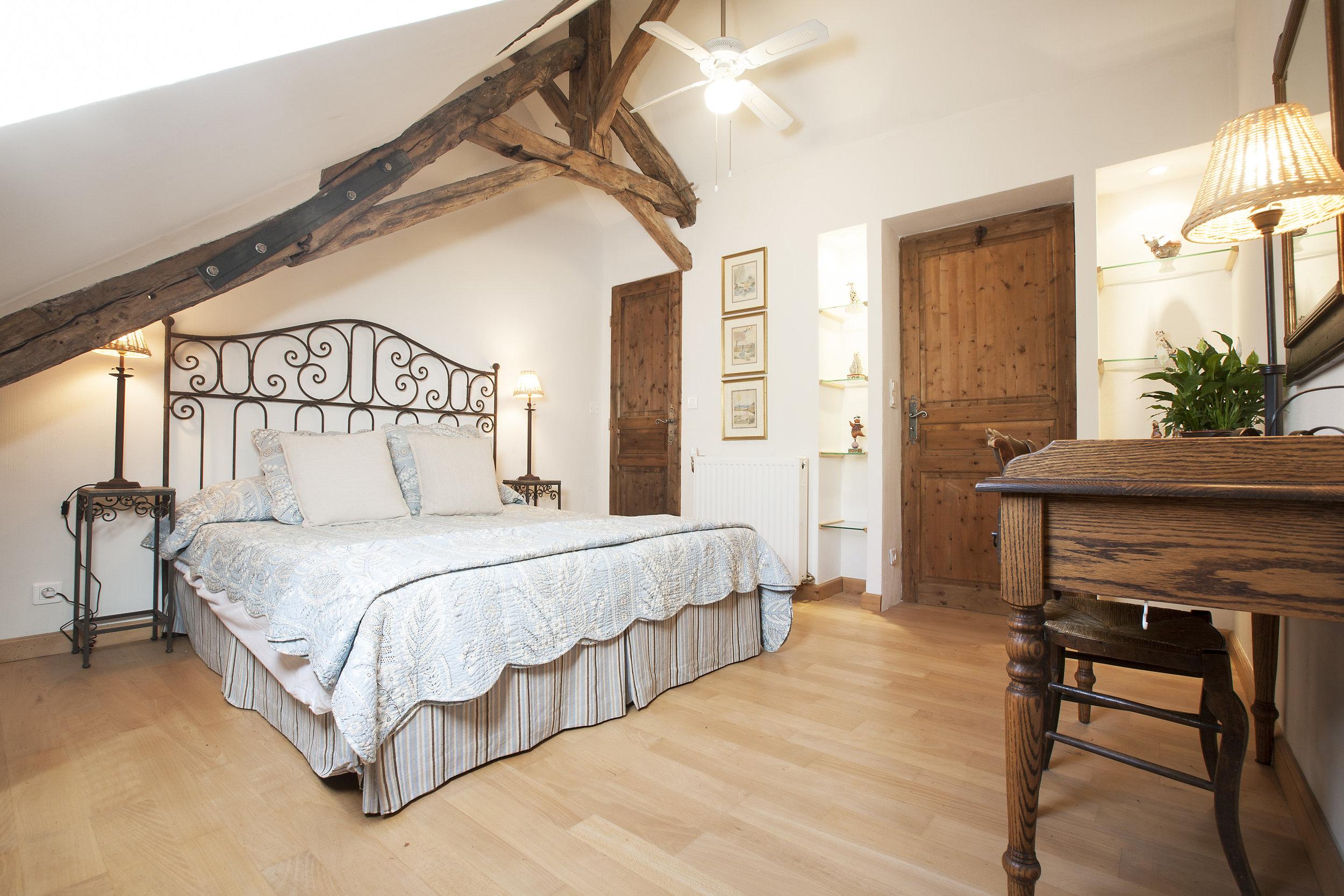 Rouge - Bedroom 2.jpg