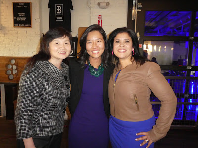 Credit to Boston Orange (Zhou Juzi):  From left to right,  Chen Yongmei, VP of Oriental Bank, Michelle Wu and Alejandra St. Guillen.