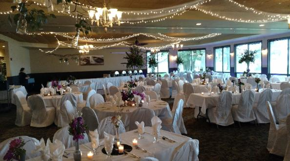 RECEPTION VENUES - We have the has the perfect sized venue to accommodate your needs of 300 guests or an intimate gathering of 40 guests.
