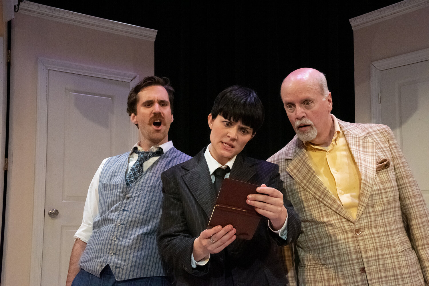 """Rachel Crabbe in """"One Man Two Guvnors"""" at Quintessence Theatre Group"""""""