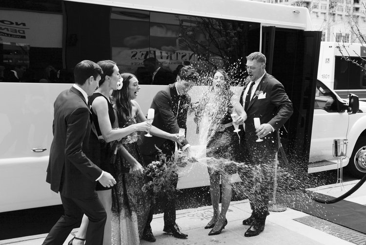chicago-weding-party-bus.jpg