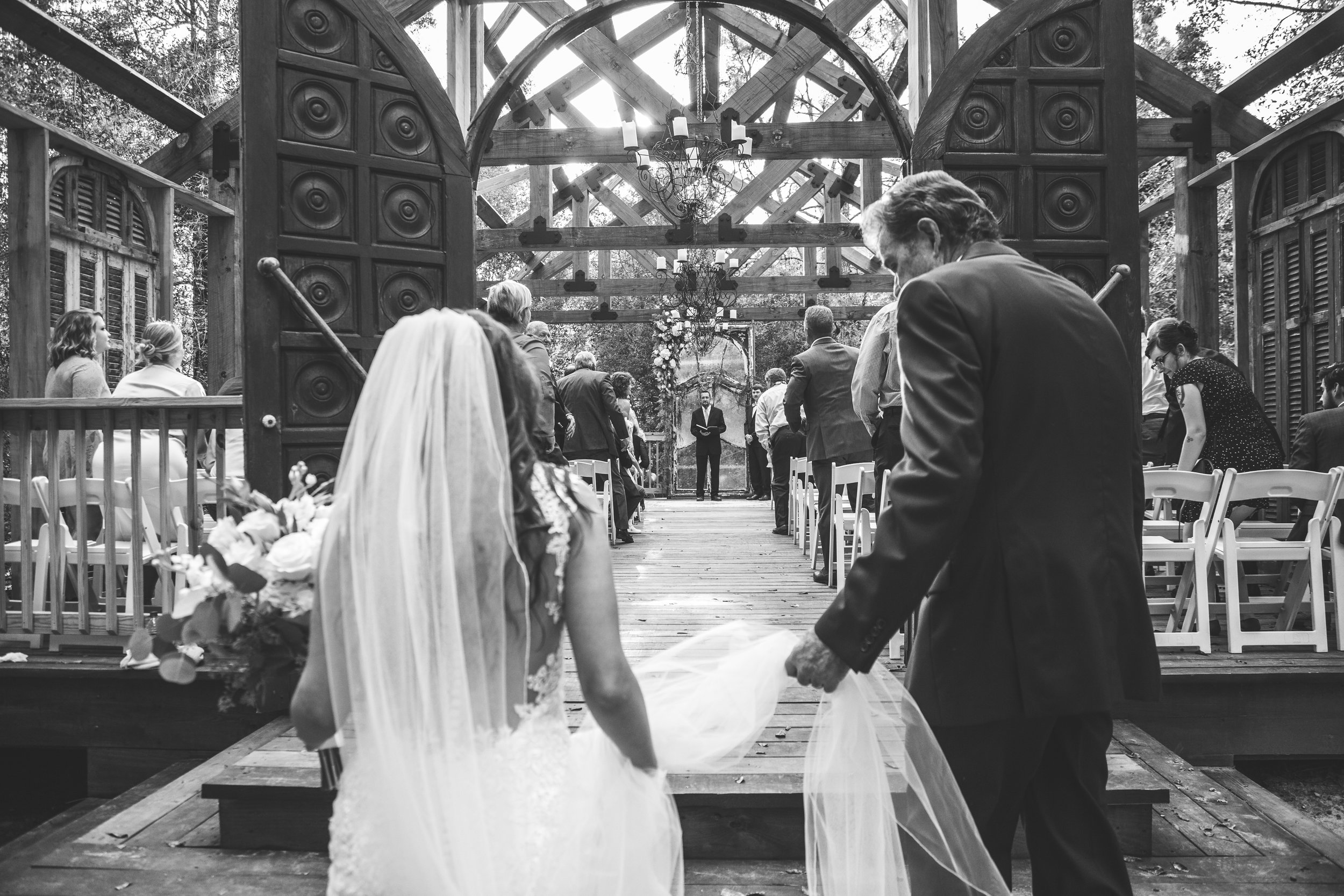 Bella-Sera-Gardens-Alabama-Mobile-Photography-Pensacola-Navarre-Fairhope-Wedding-17.jpg