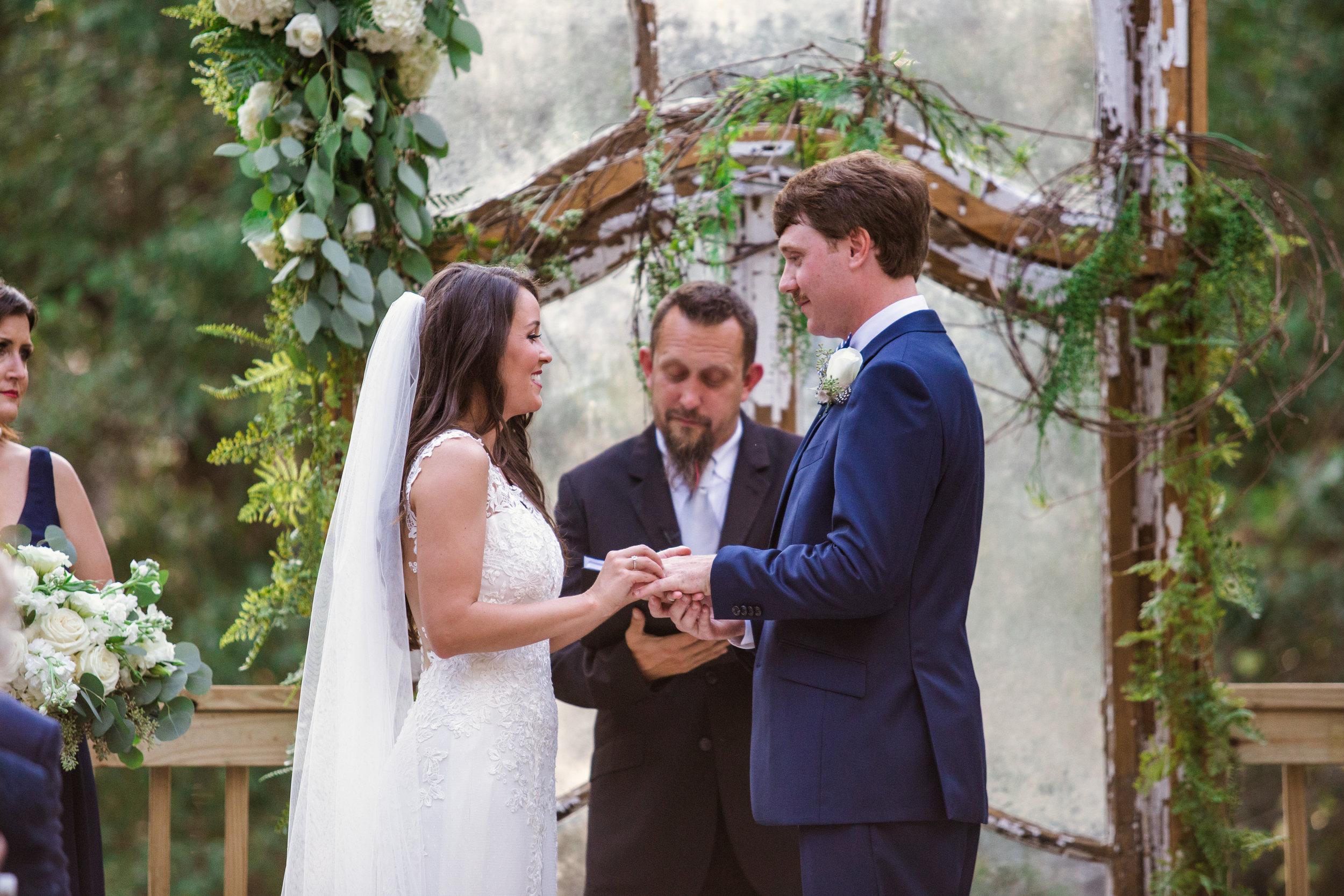 Bella-Sera-Gardens-Alabama-Mobile-Photography-Pensacola-Navarre-Fairhope-Wedding-20.jpg