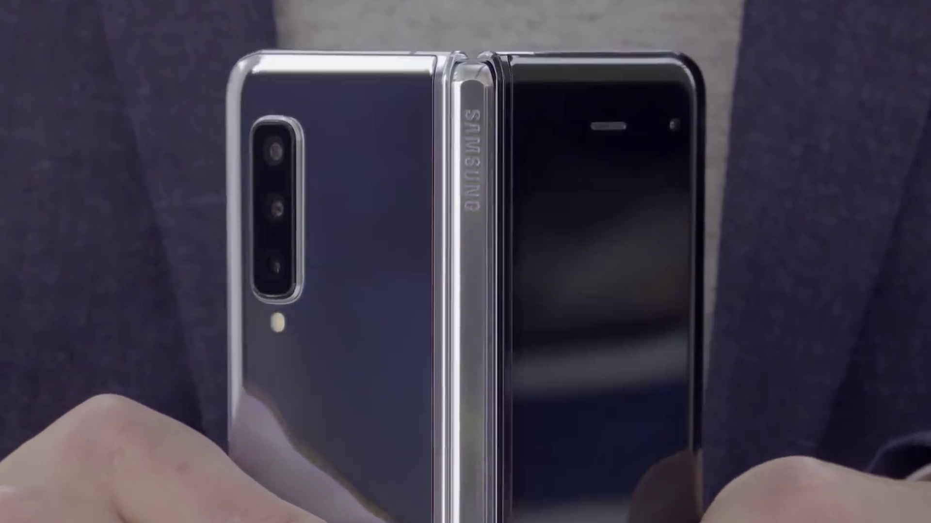 SAMSUNG RELEASES NEW VIDEO SHOWING OFF THE GALAXY FOLD